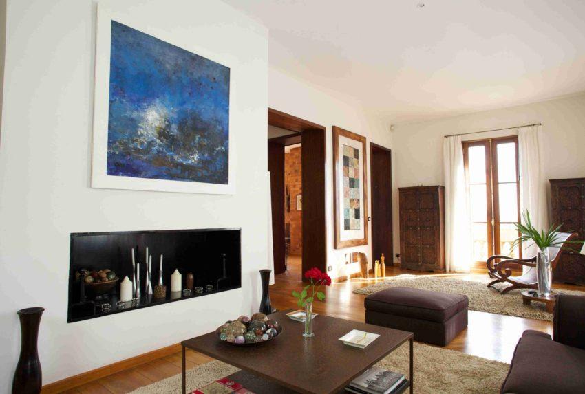 Maison Gallieni Madagascar Hero Living Room