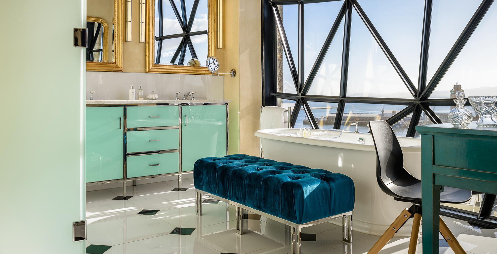 South-Africa-The-Silo-Bathroom