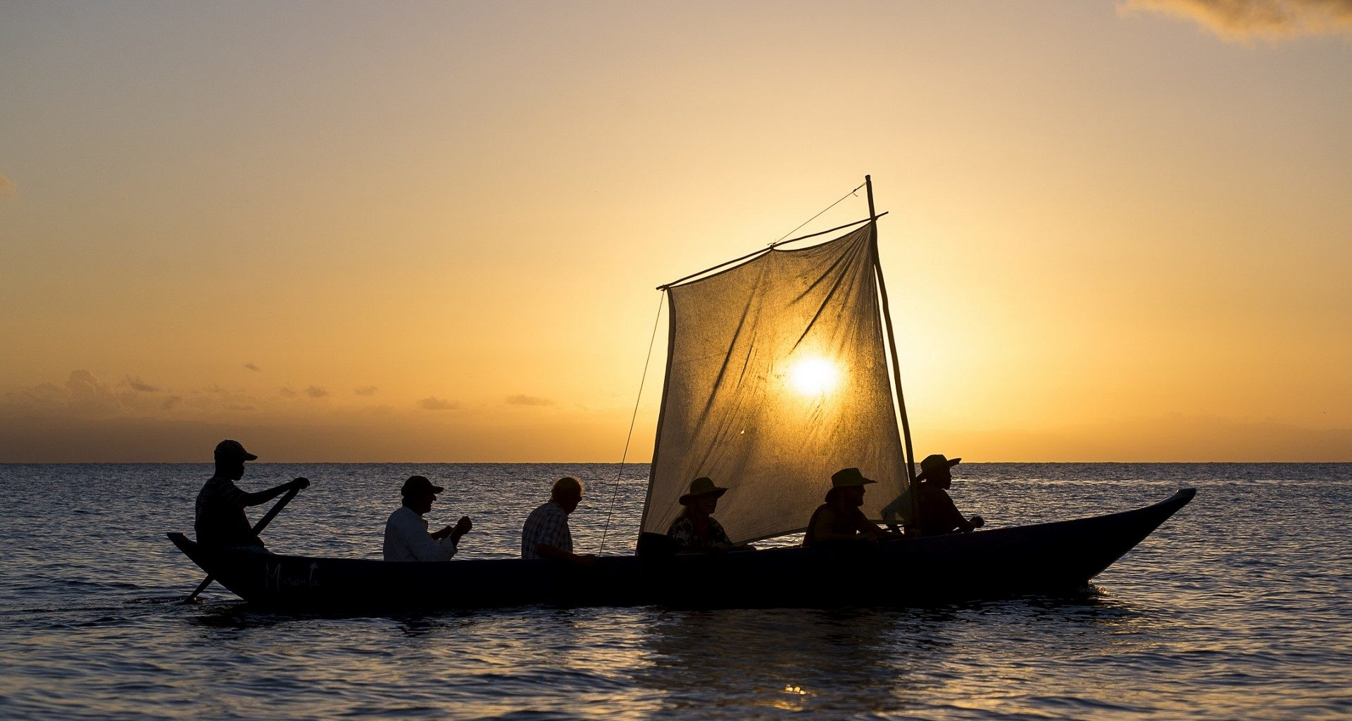 East-Madagascar-Sunset-Sailing