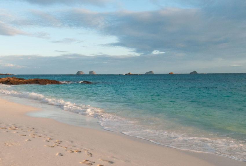 Tsarabanjina-Beach-Madagascar-Nosy-Be