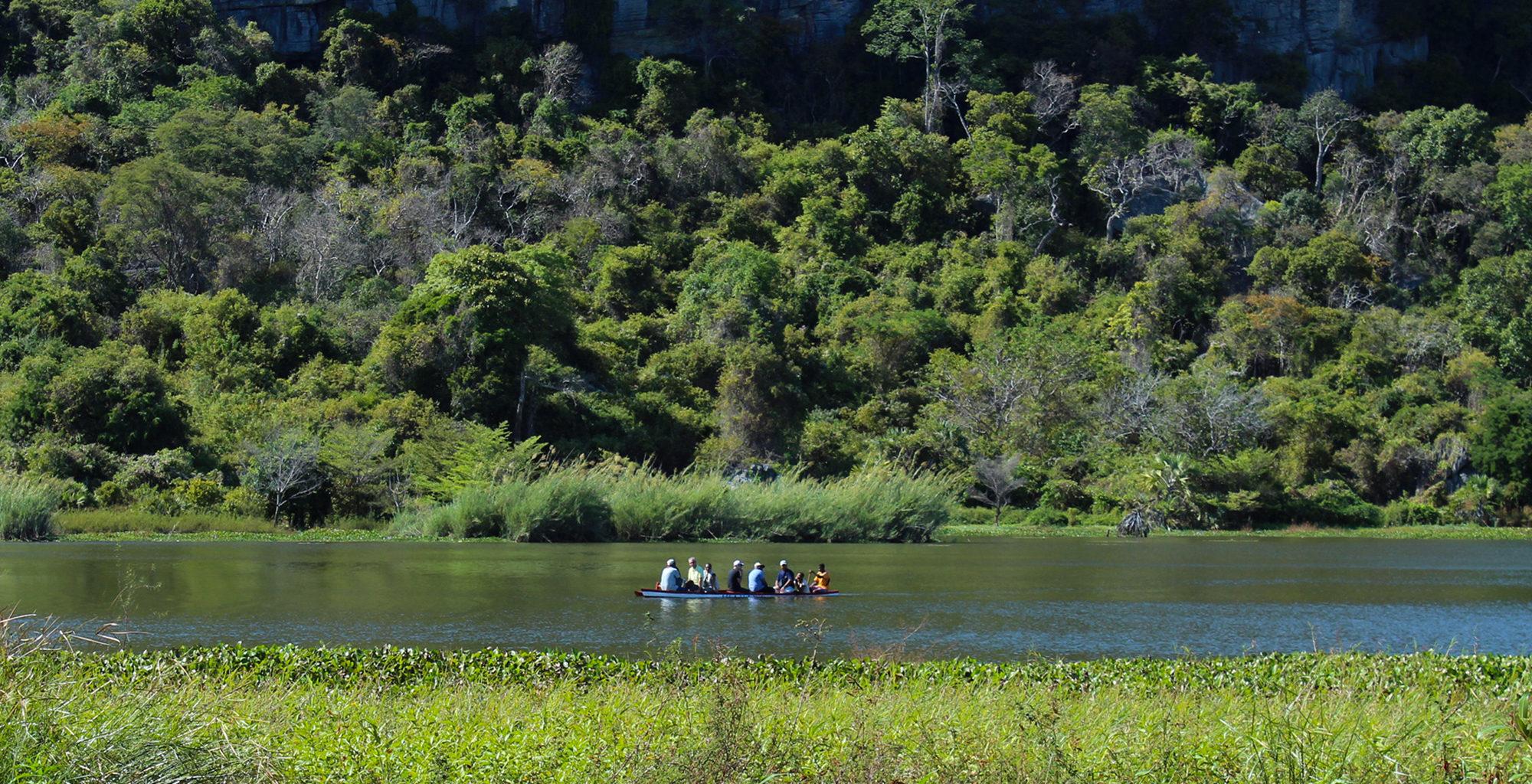 North-Madagascar-Canoeing