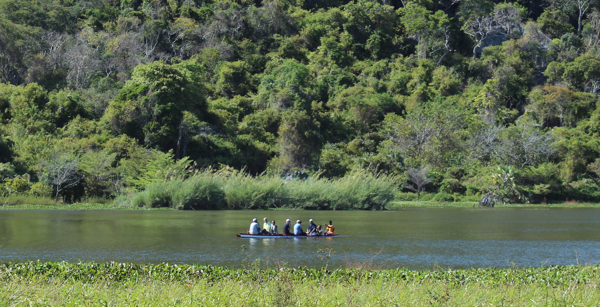 Madgascar-Iharana-Bush-Camp-Canoe