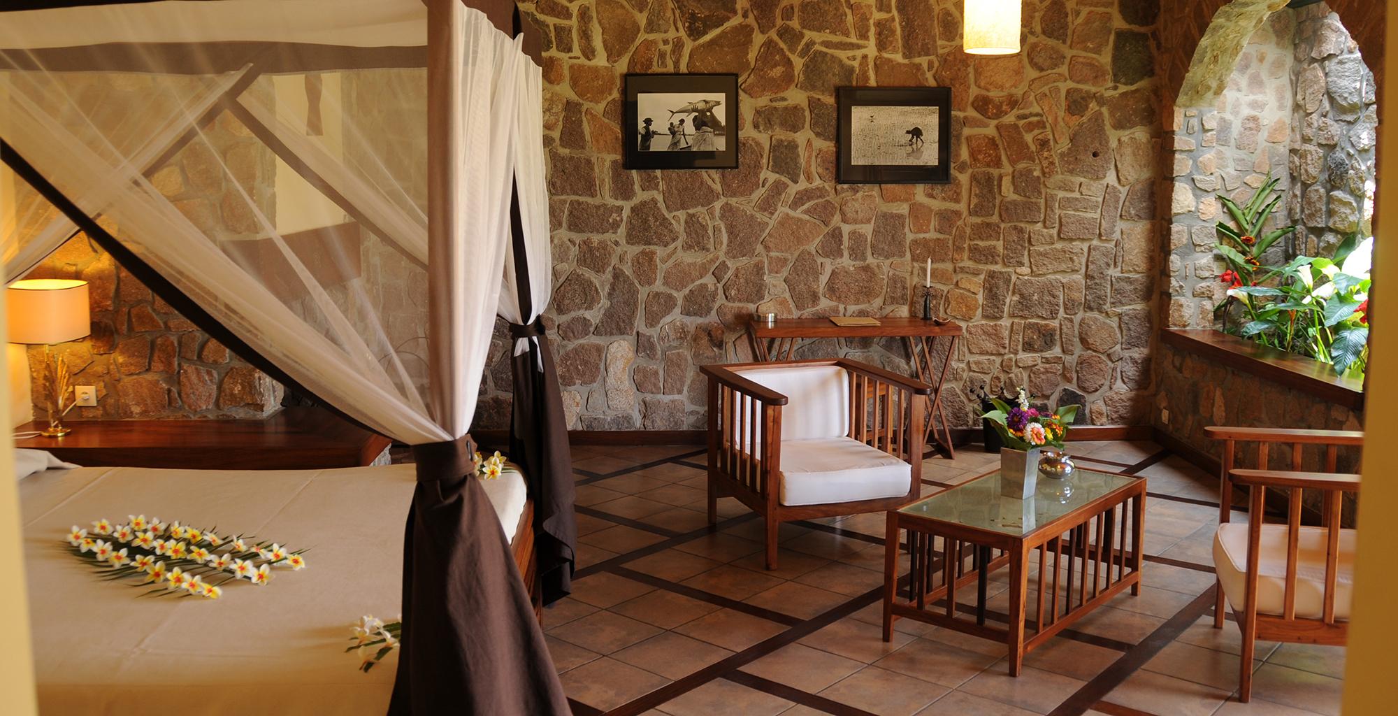 Madagascar-Relais-de-la-Reine-Bedroom