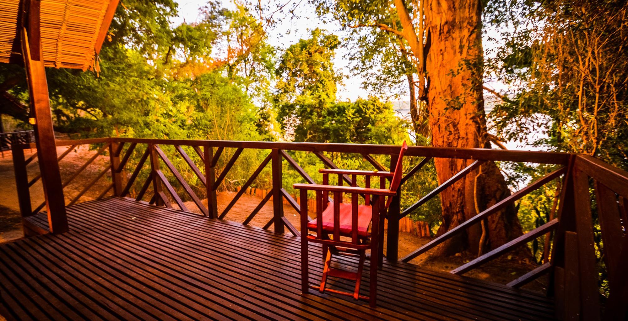 Madagascar-Mandrare-River-Camp-Deck