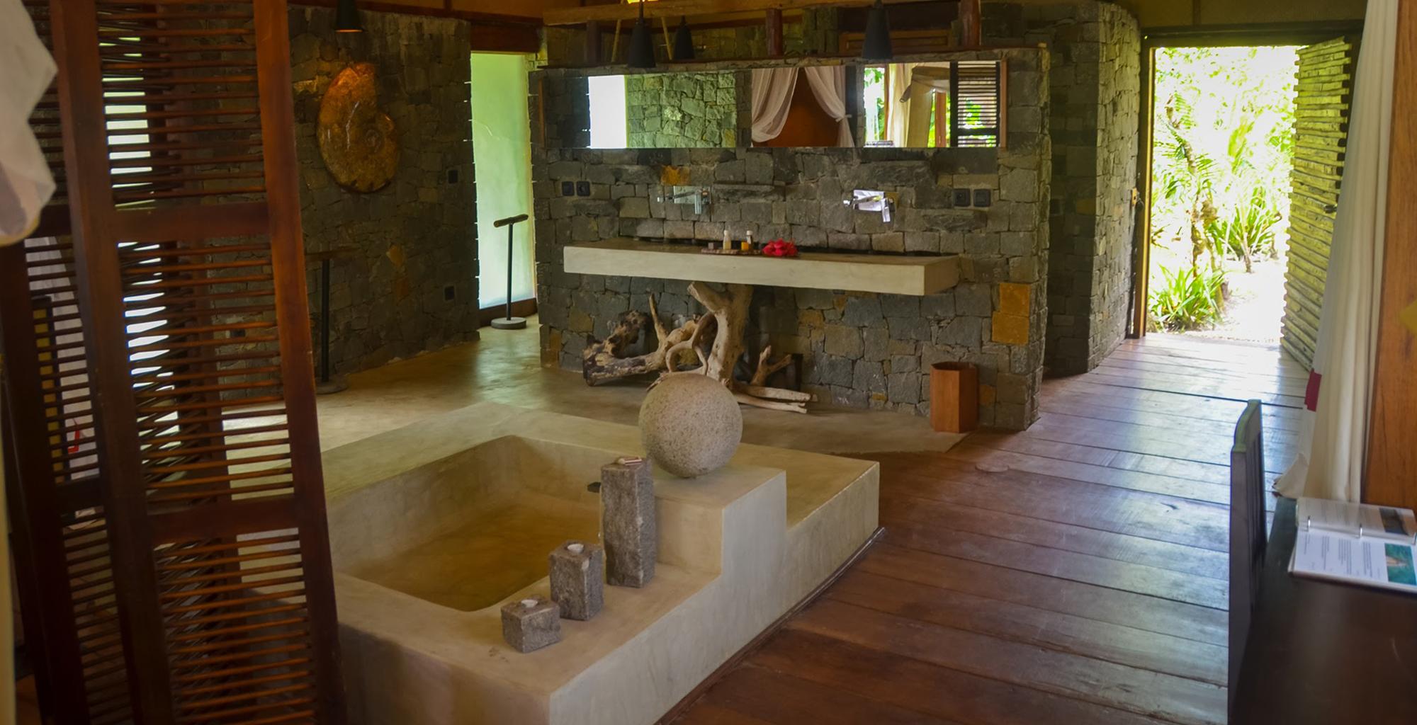 Madagascar-Princesse-Bora-Bathroom