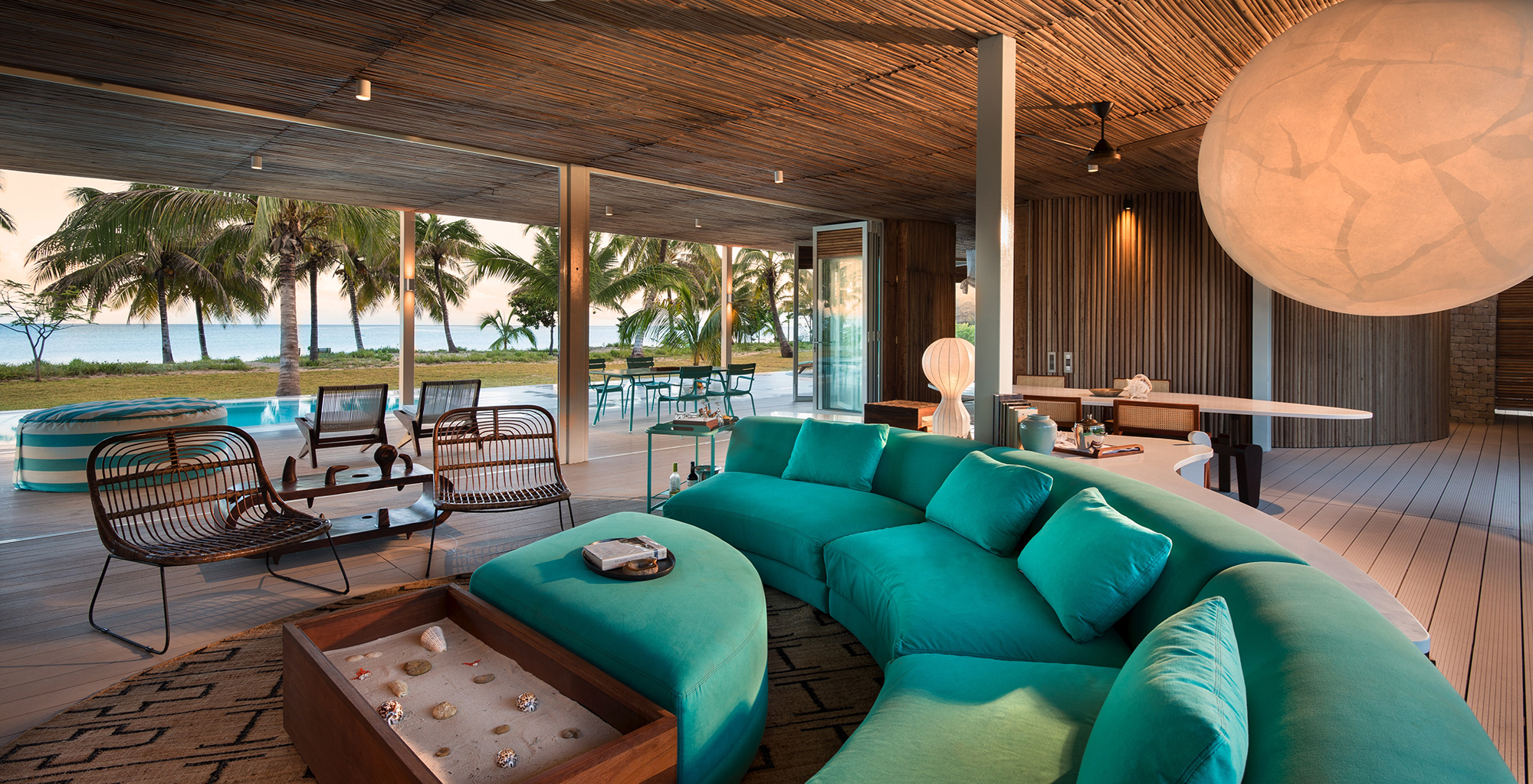 Madagascar-Time-and-Tide-Miavana-Lounge