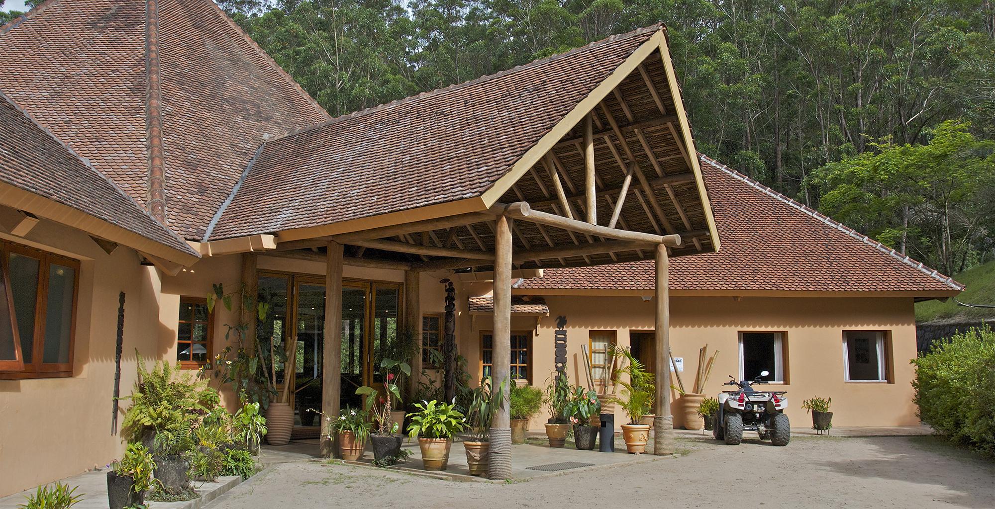 Madagascar-Vakona-Forest-Lodge-Exterior