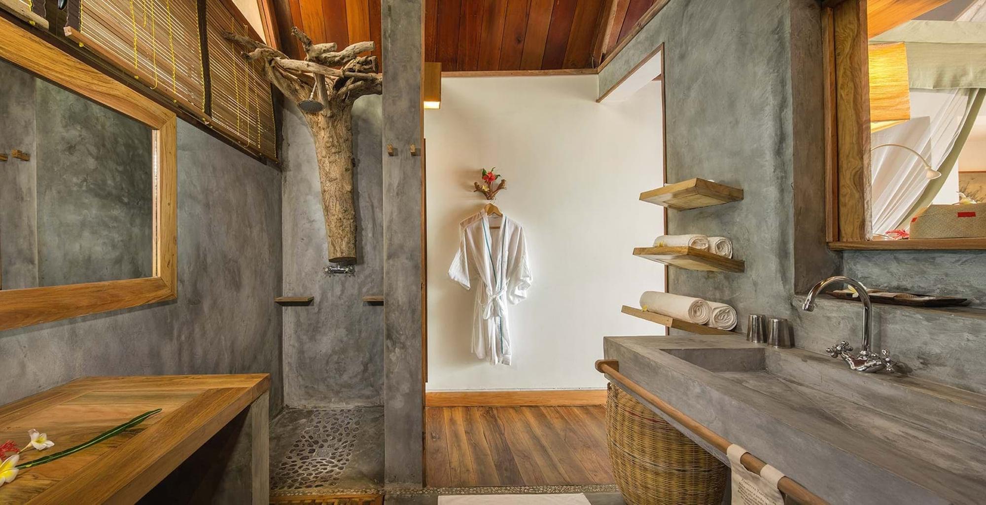 Madagascar-Constance-Tsarabanjina-Bathroom