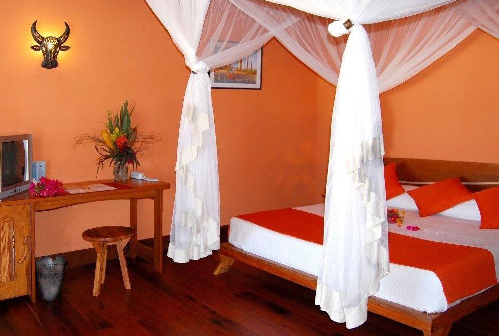 Palissandre-Cote-Ouest-Bedroom-West-Madagascar