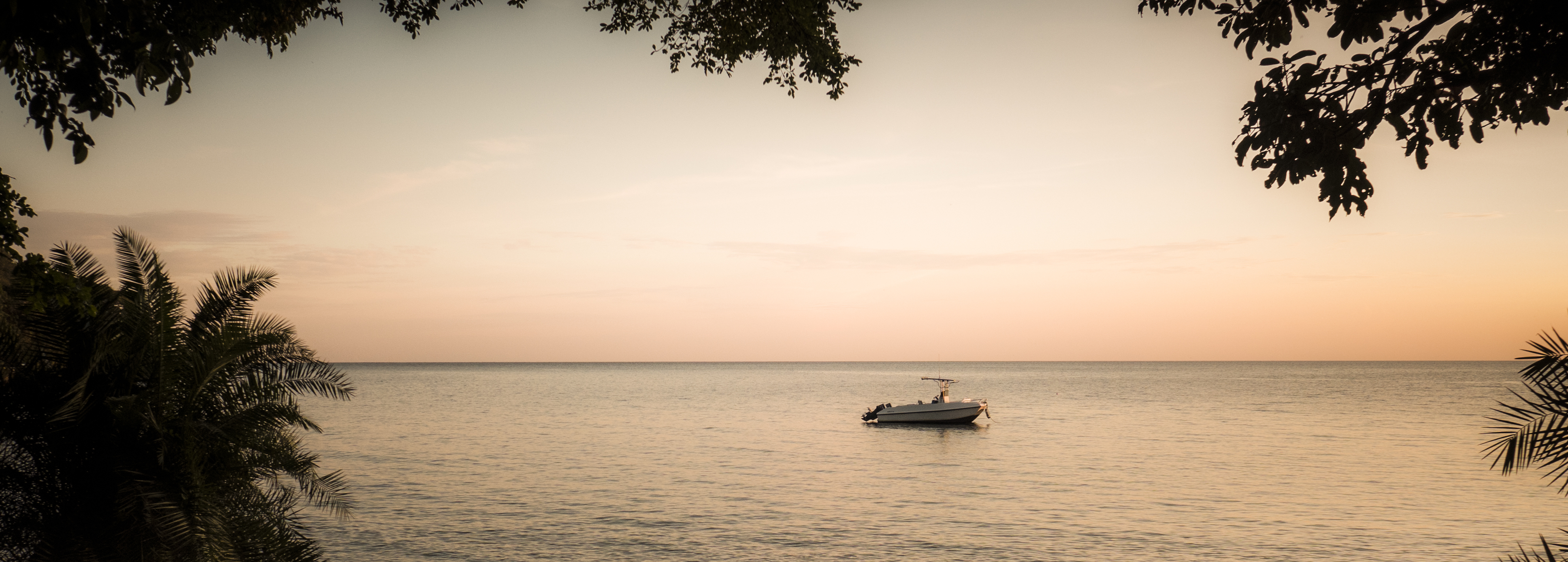Rubondo-Island-Camp-Sunrise-over-Rubondo-Beach-Eric-Frank-MR