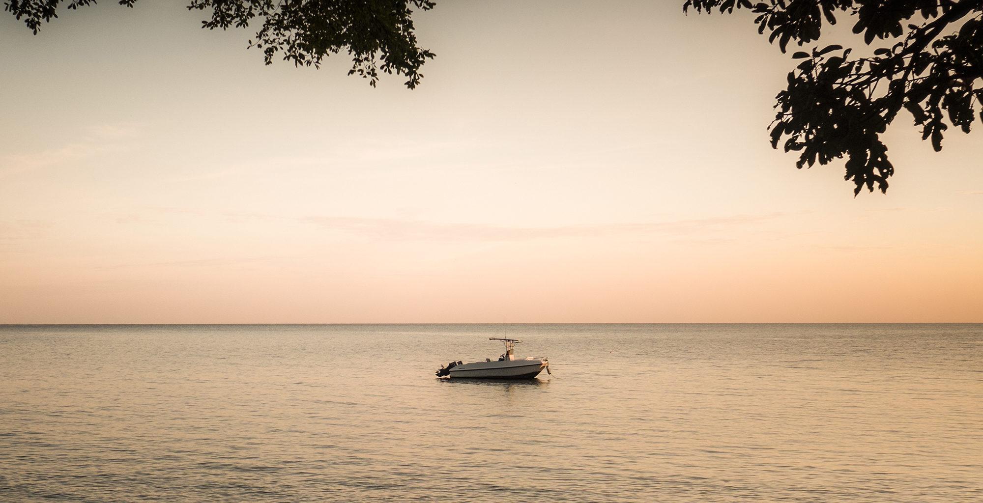 Tanzania-Rubondo-Island-Sunrise-Beach