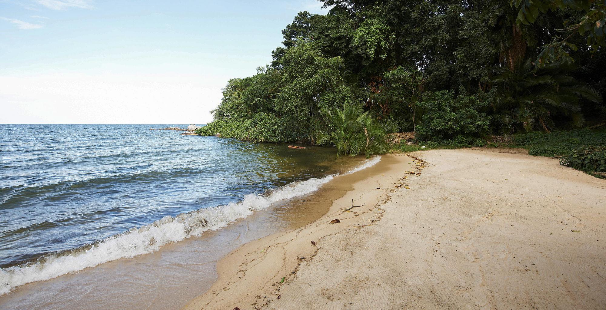 Tanzania-Rubondo-Island-Beach