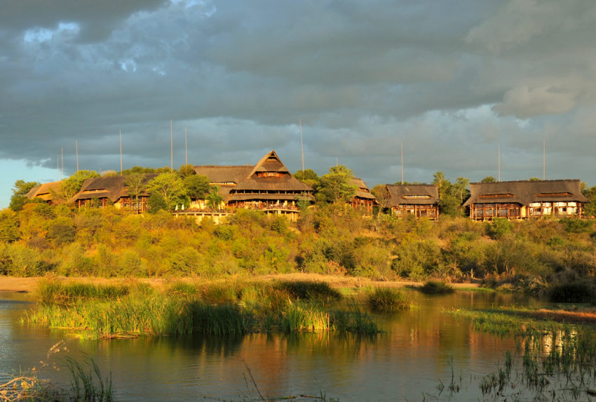 Zimbabwe-Victoria-Falls-Safari-Suite-Exterior-Hero