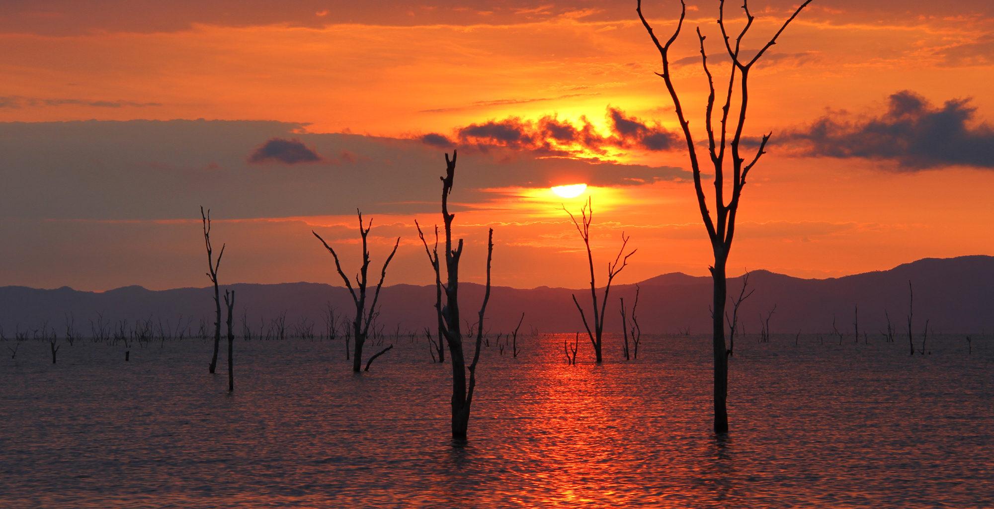 Zimbabwe-Lake-Kariba-Sunset