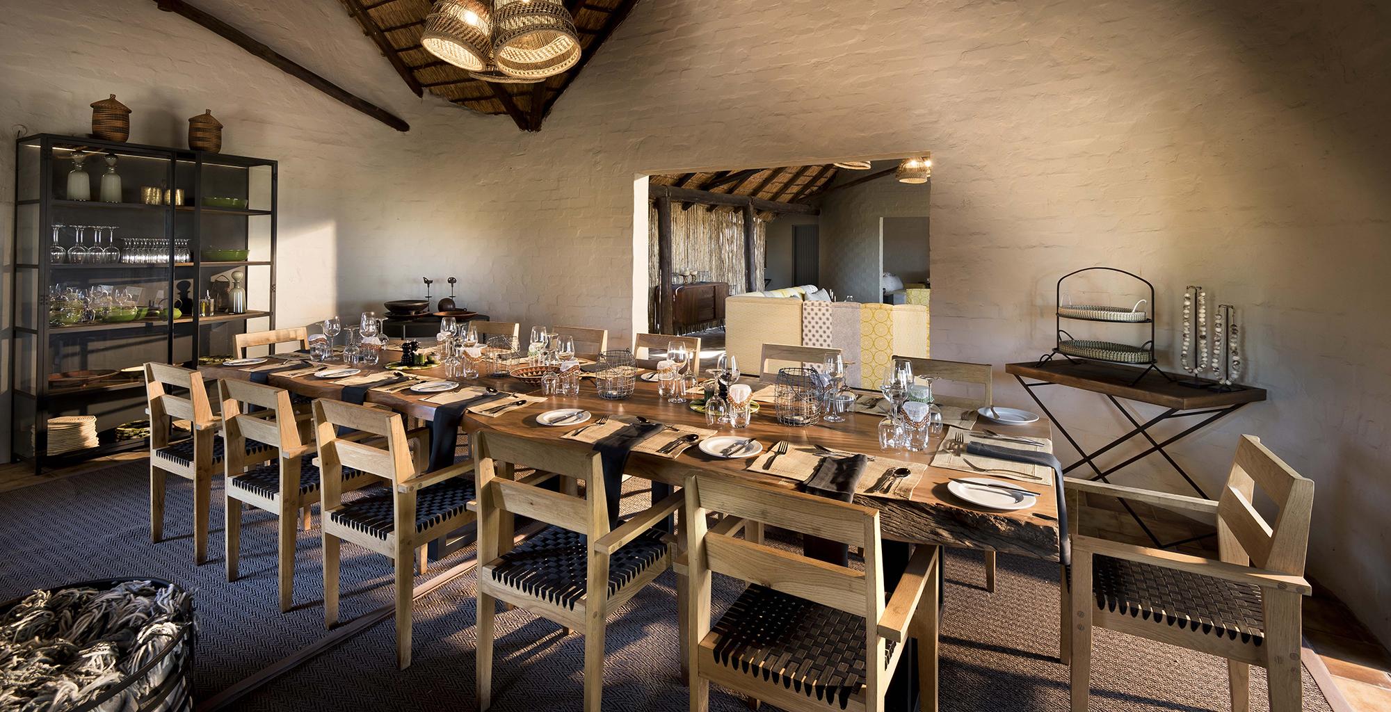 Botswana-Khwai-Bush-Dining-Area