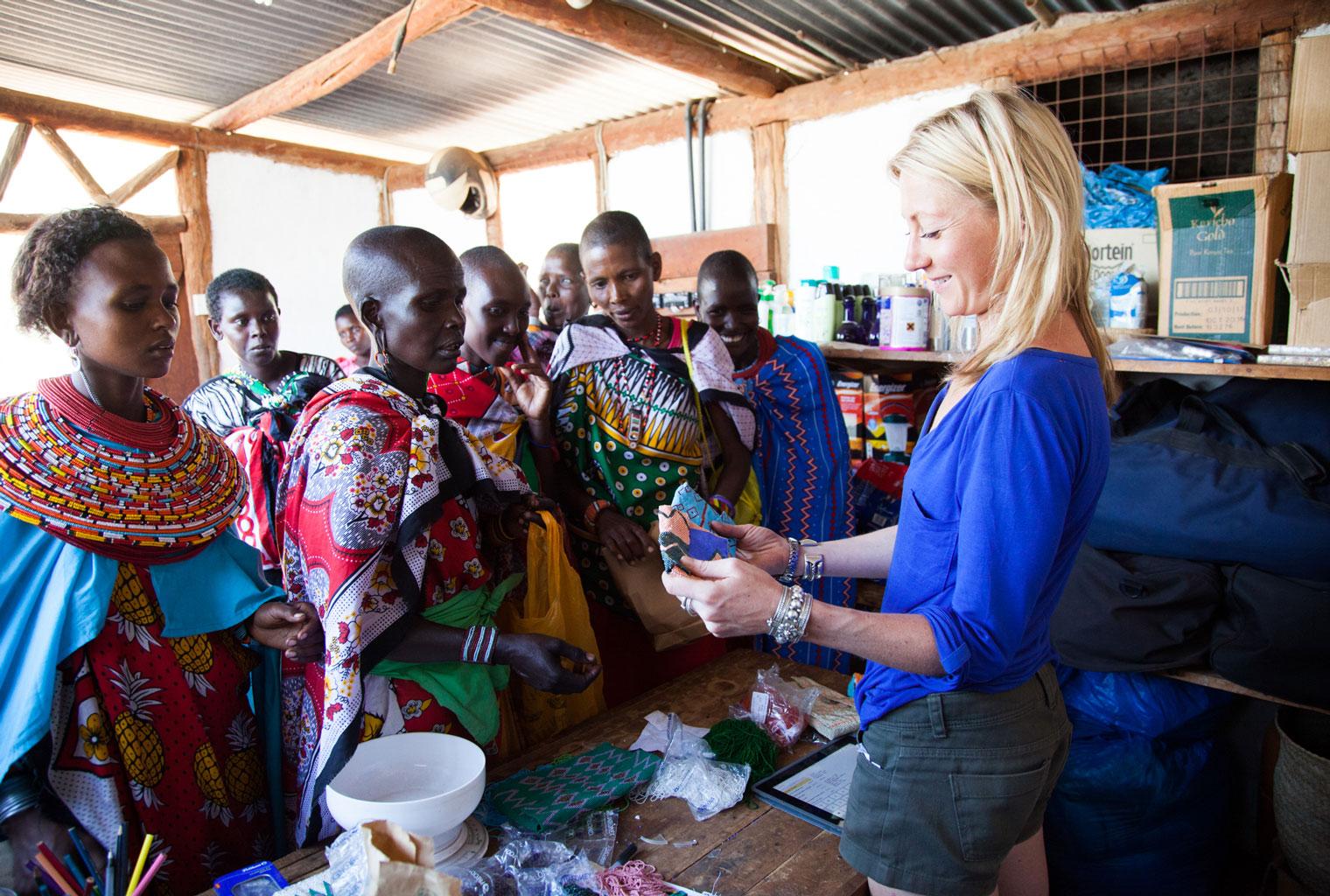 Maasai-Ladies-Antonia-Stogdale-Beads