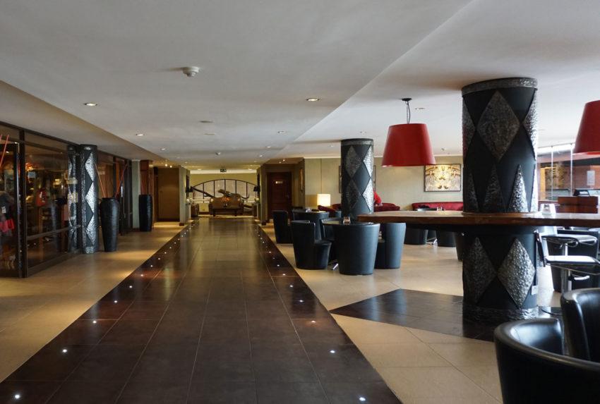 Ole-Sereni-Entrance-Hallway-Kenya-Nairobi