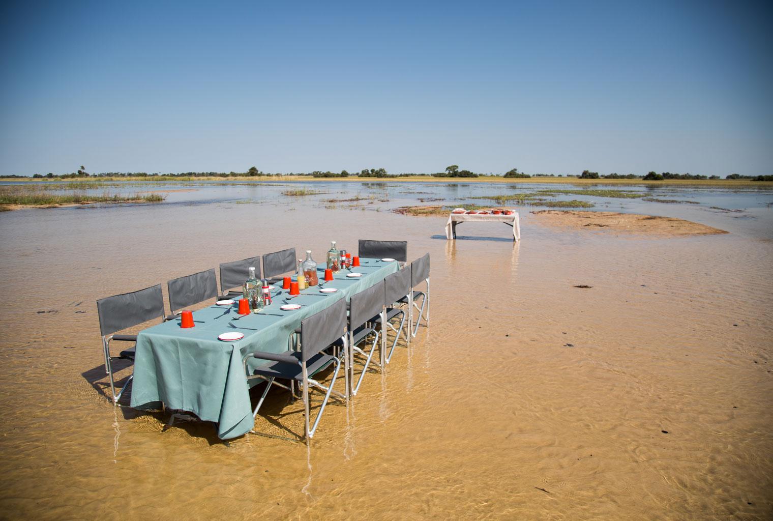 Beagle-Expeditions-Botswana-Outside-Dining