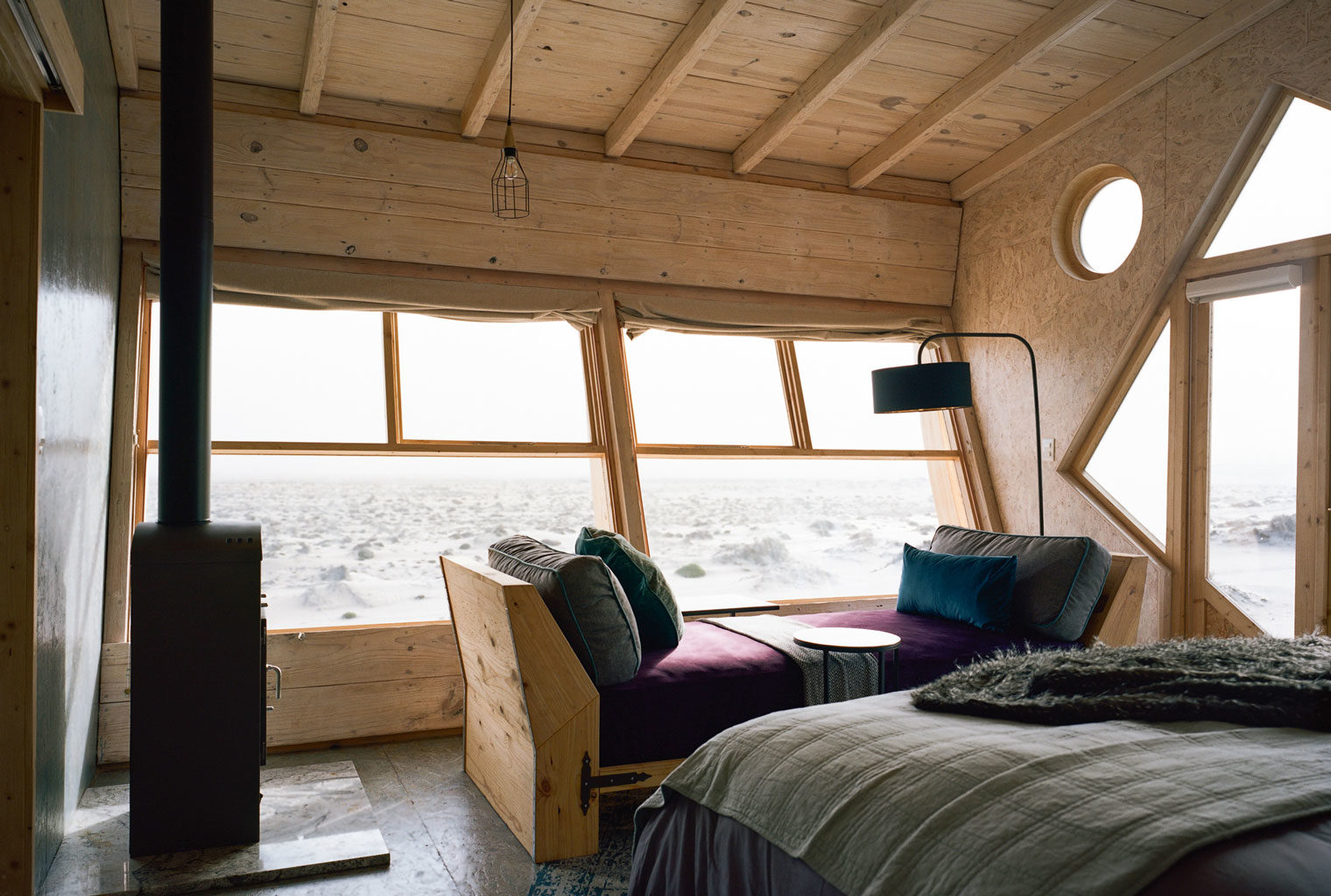 Namibia-Skeleton-Coast-Shipwreck-Lodge-Bedroom-Views