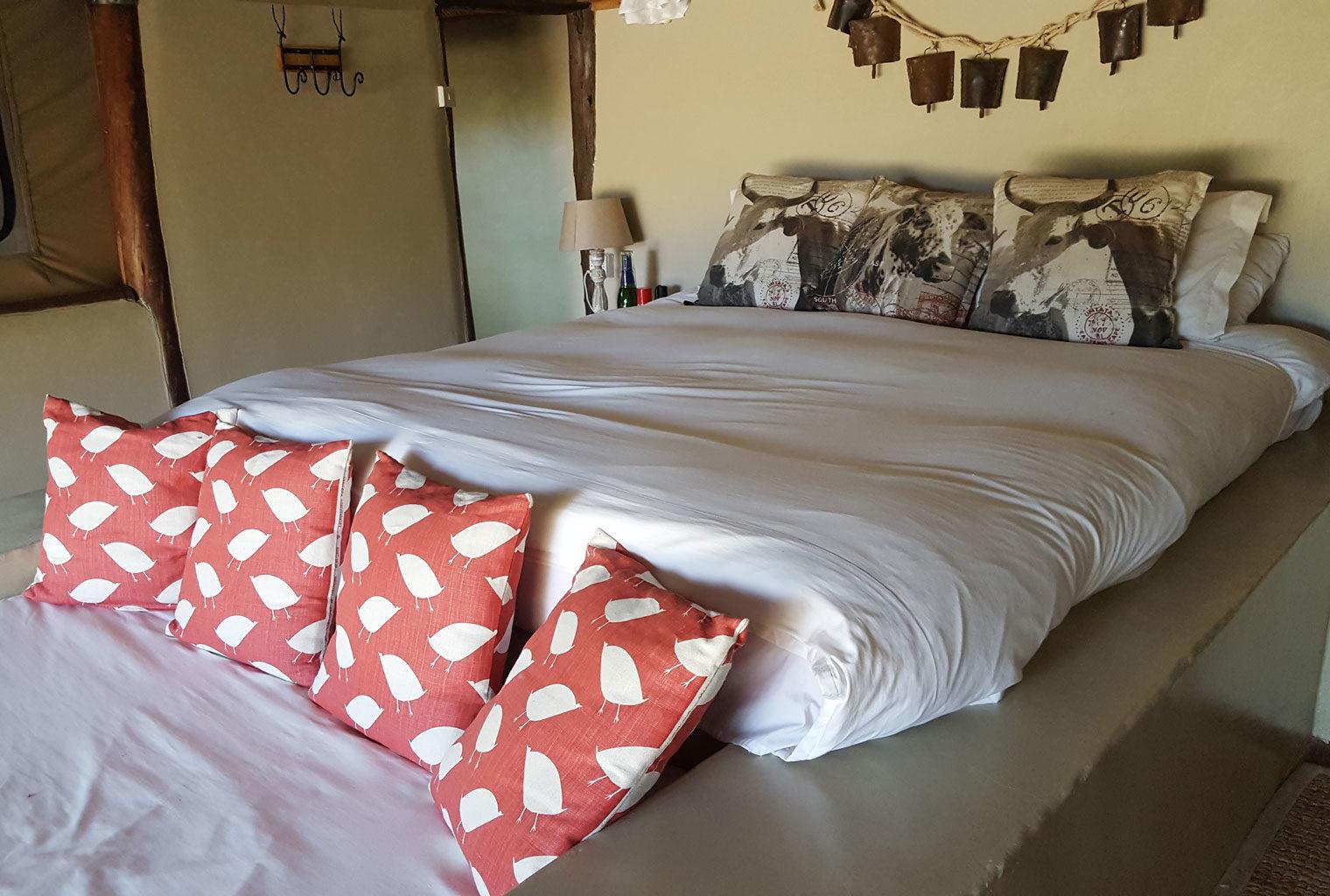 House-In-The-Wild-Kenya-Enonkishu-Bedroom