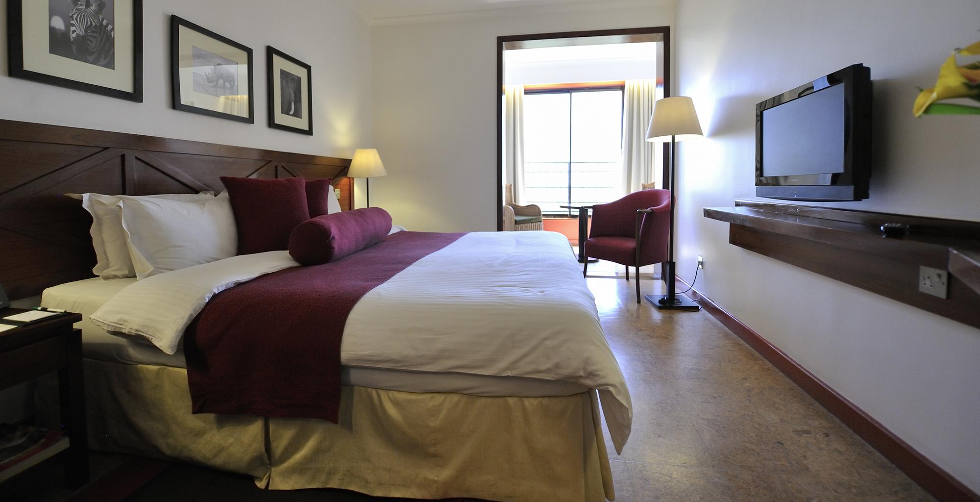 Kenya-Ole-Sereni-Bedroom