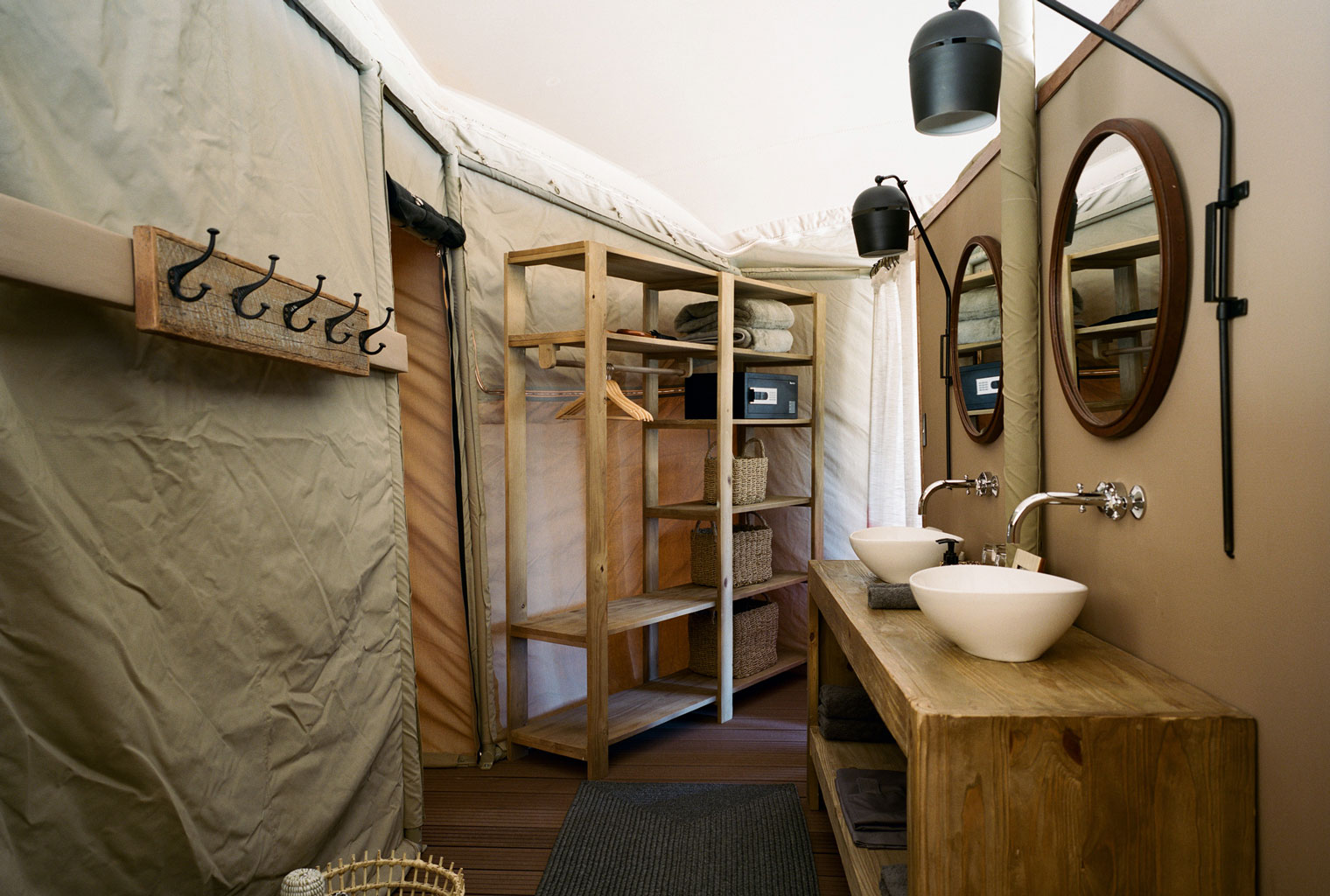 Hoanib-Valley-Camp-Namibia-Kaokoland-Bathroom