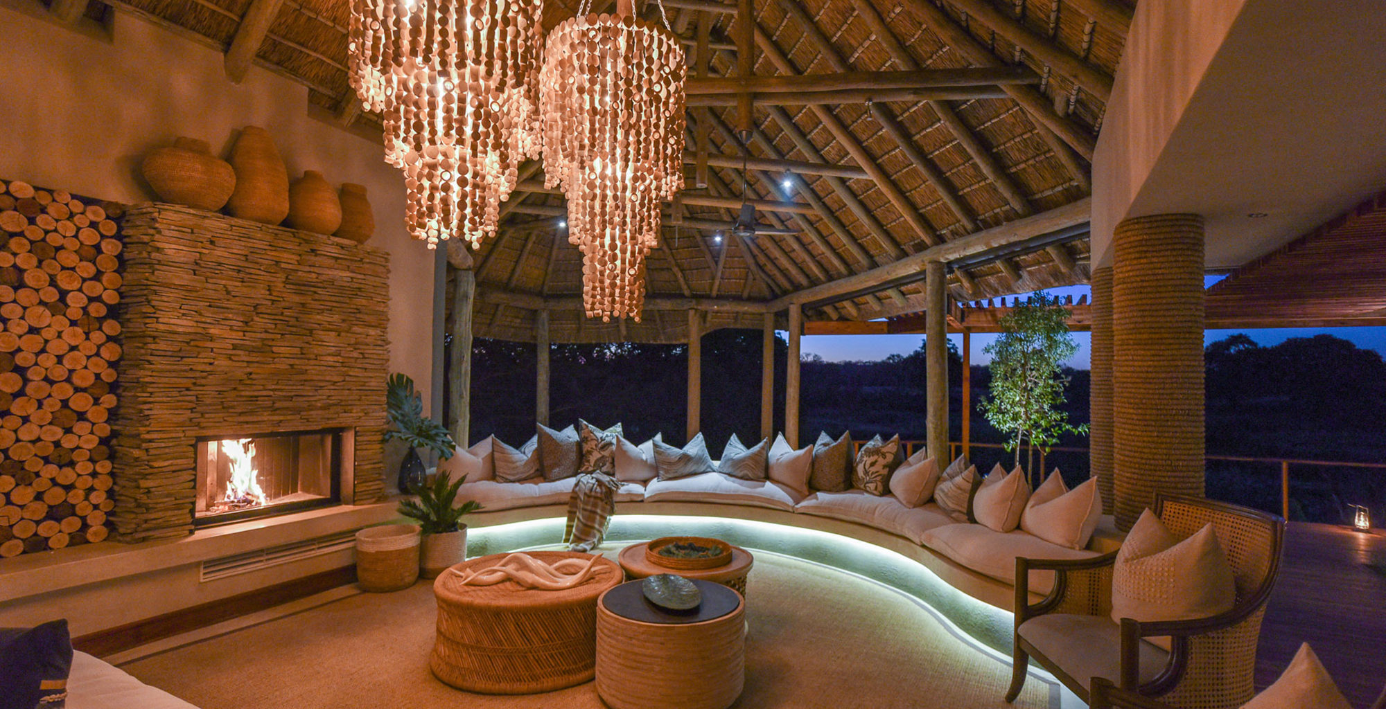 South-Africa-Dulini-River-Lodge-Lounge