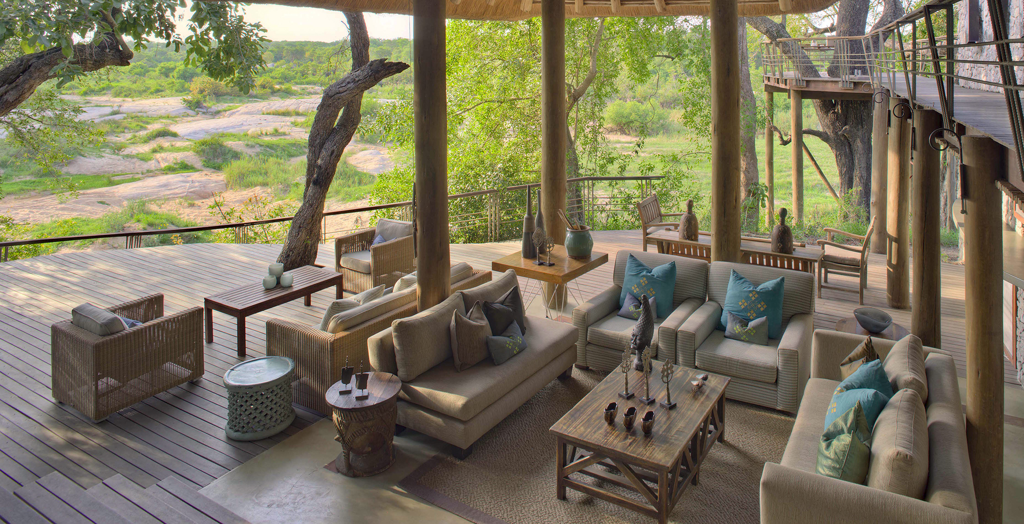 South-Africa-Dulini-Leadwood-Living-Room