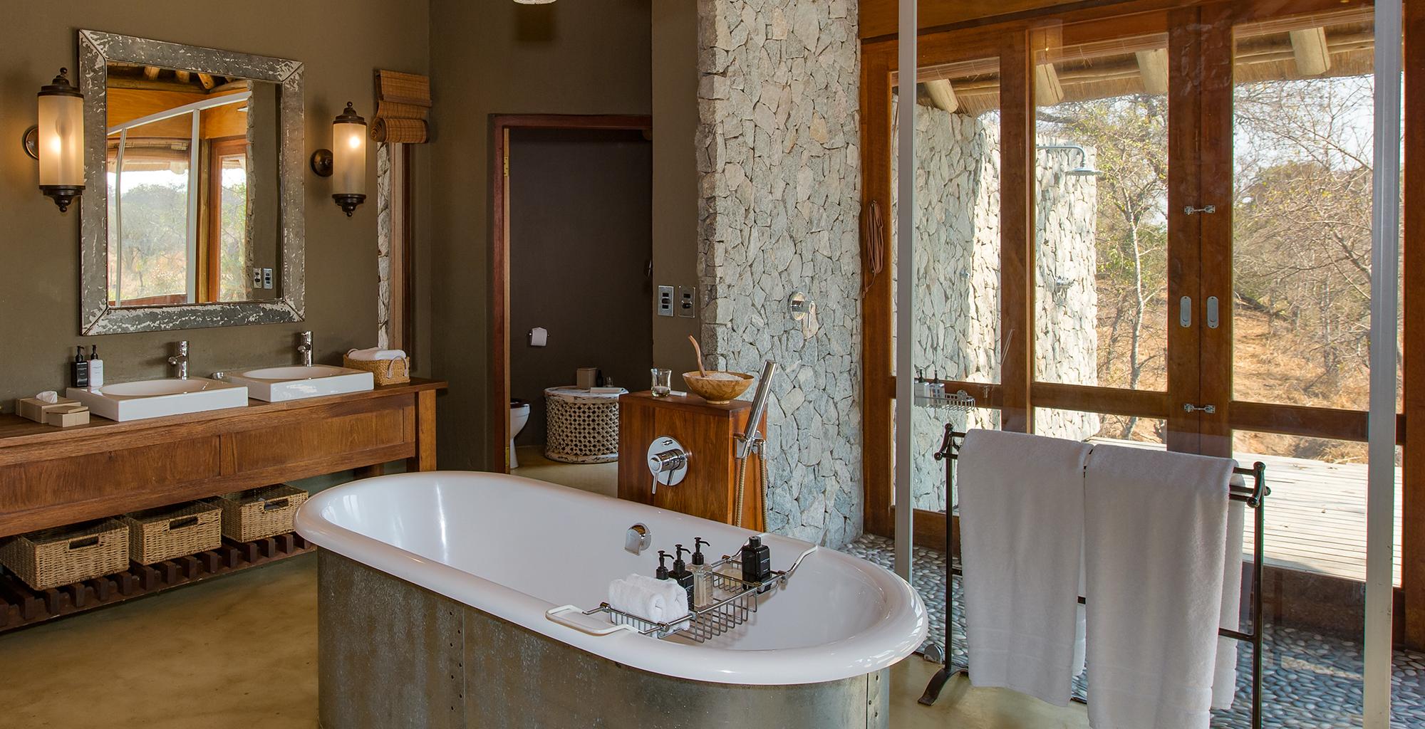 South-Africa-Dulini-Leadwood-Bathroom