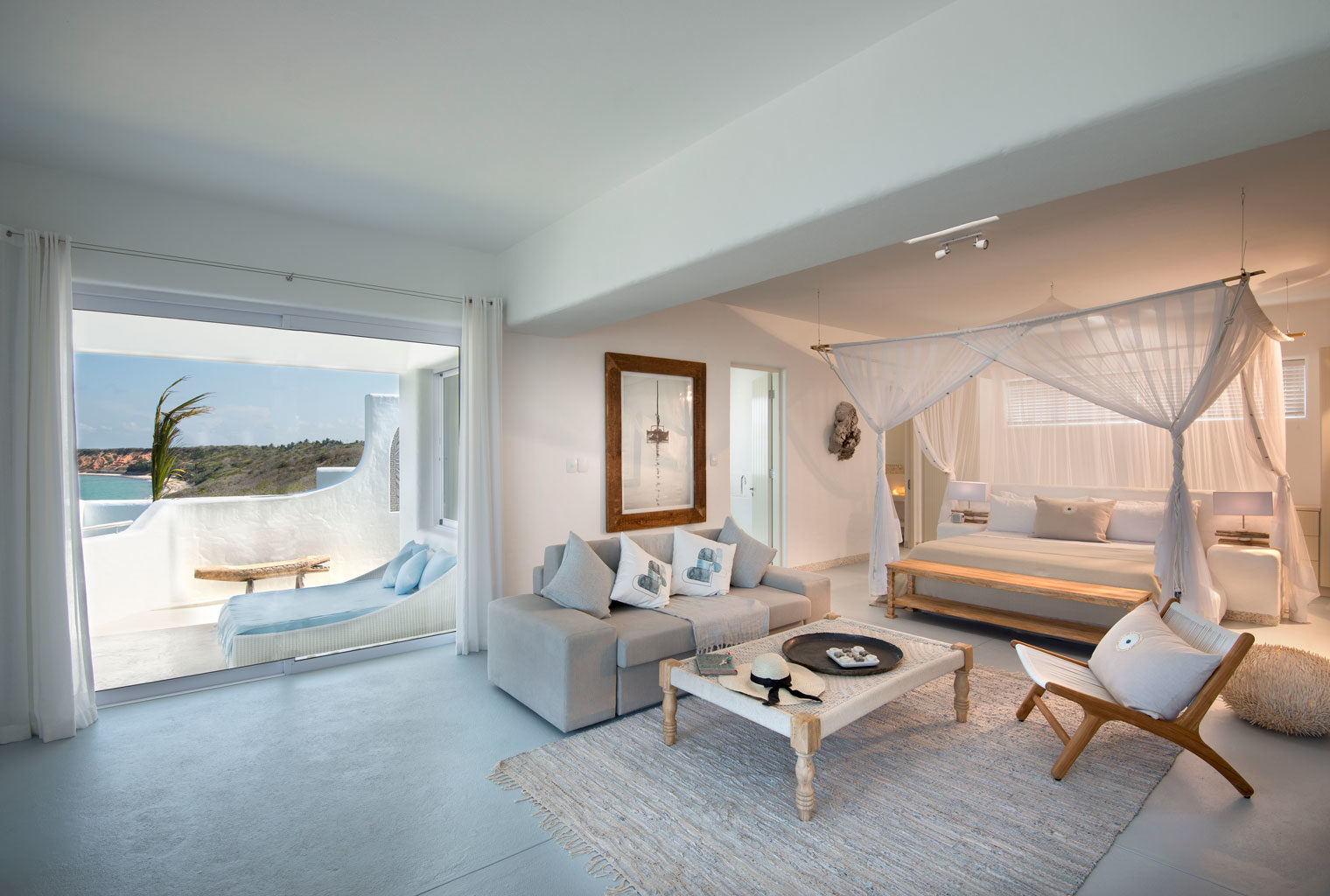 Santorini-Mozambique-Bedroom