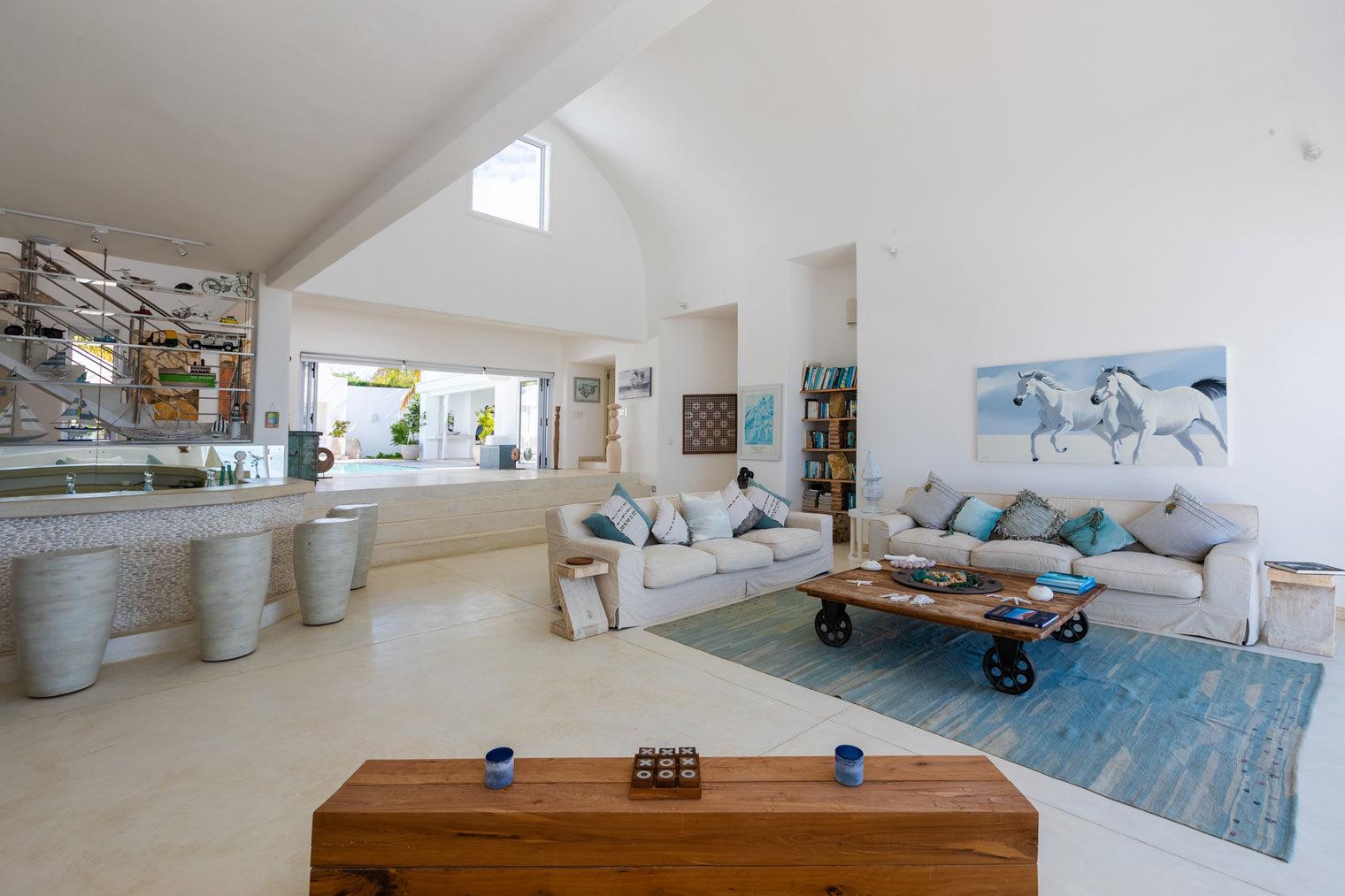 Santorini-Mozambique-Lounge-Area