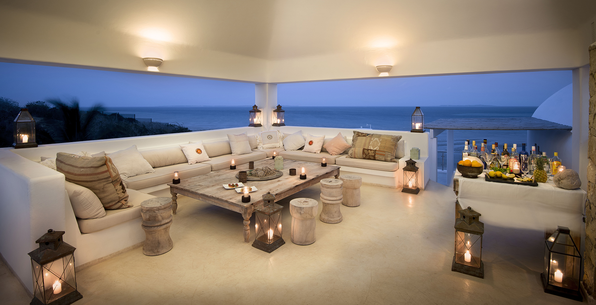 Mozambique-Bazaruto-Archipelago-Santorini-Living-Room