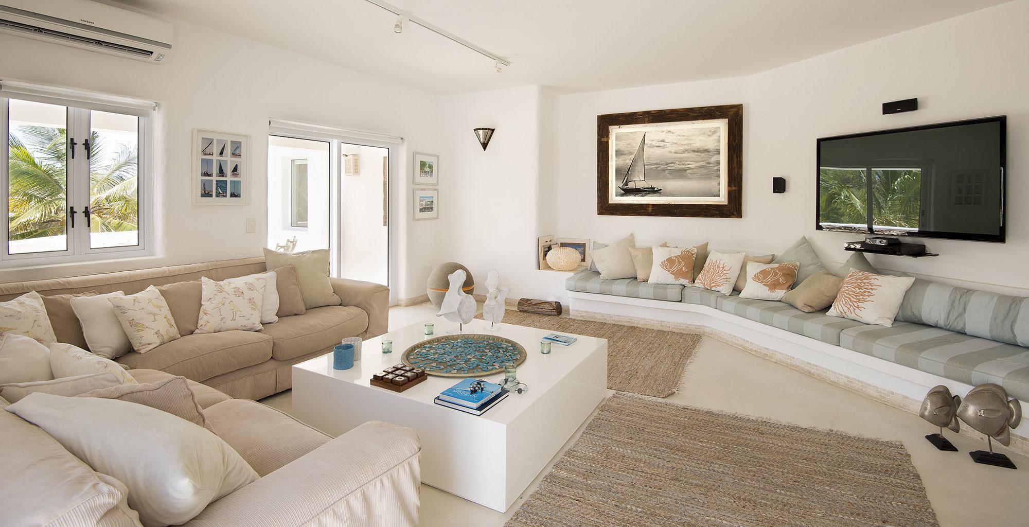 Mozambique-Santorini-Lounge