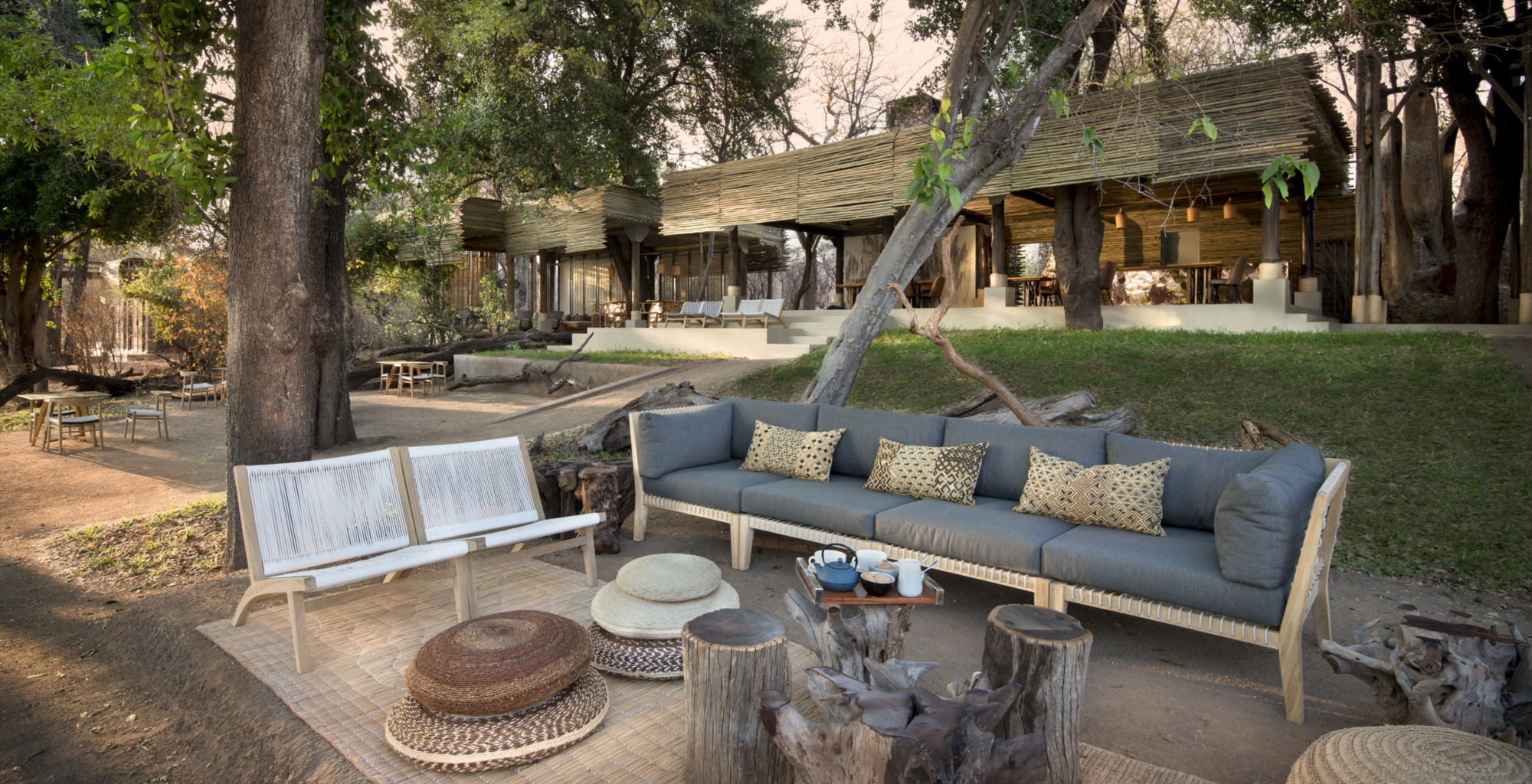 Zimbabwe-andBeyond-Matetsi-River-Lodge-Outdoor-Lounge