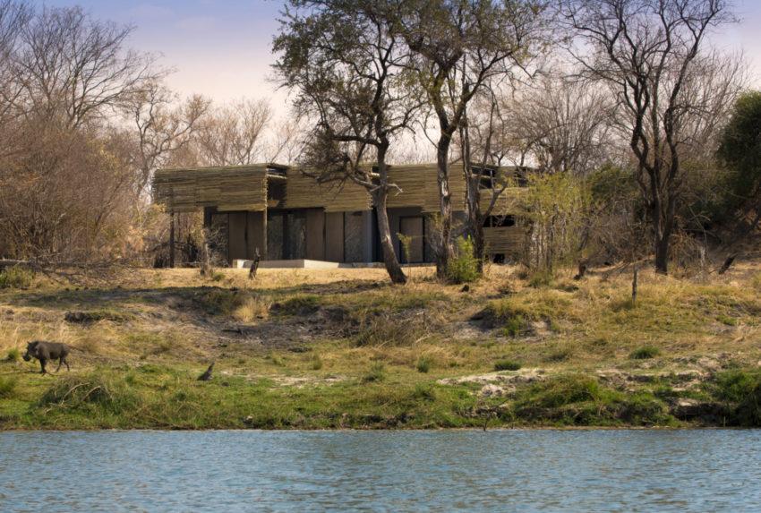 Zimbabwe-andBeyond-Matetsi-River-Lodge-Exterior-Hero
