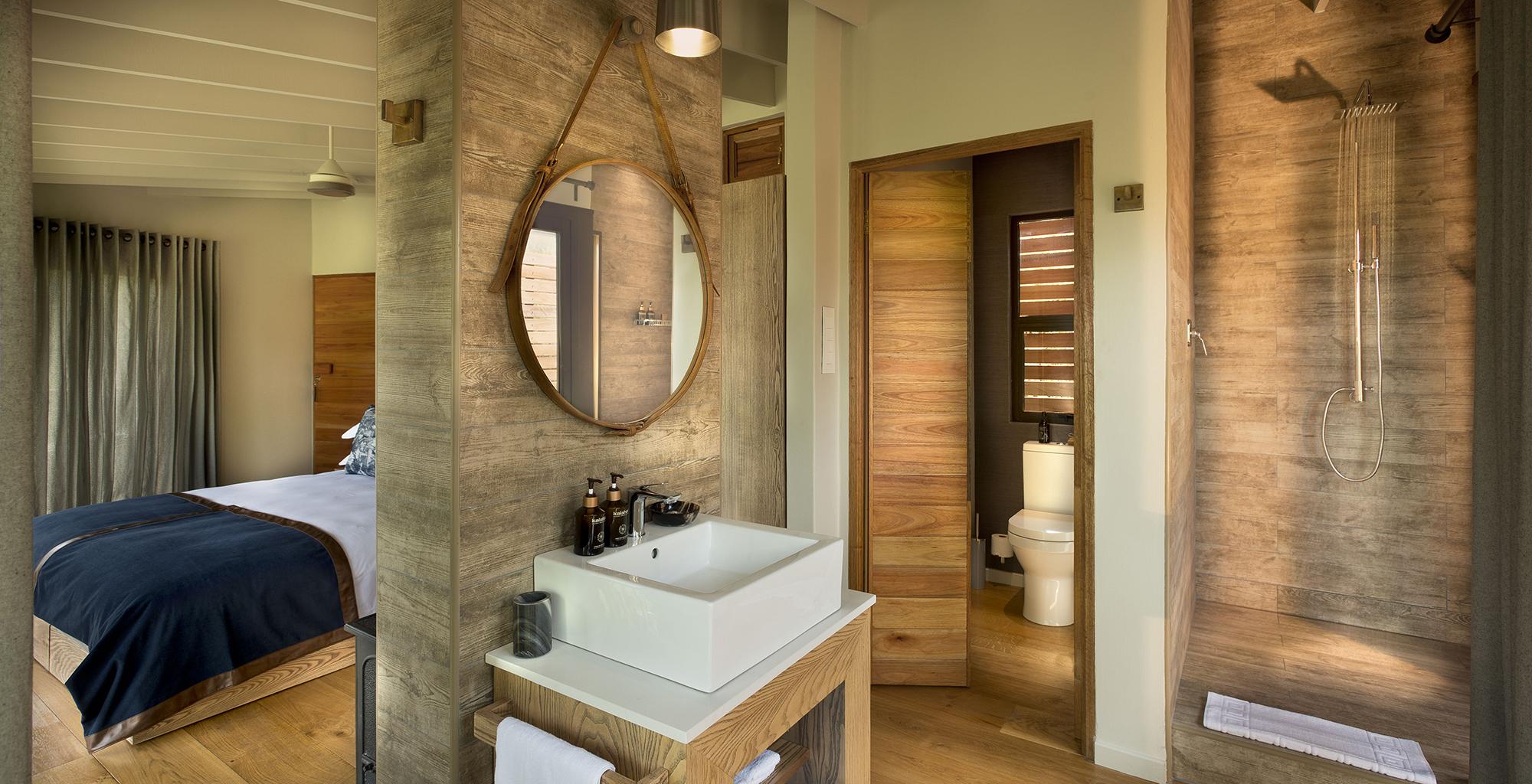 South-Africa-Marataba-Mountain-Lodge-Bathroom