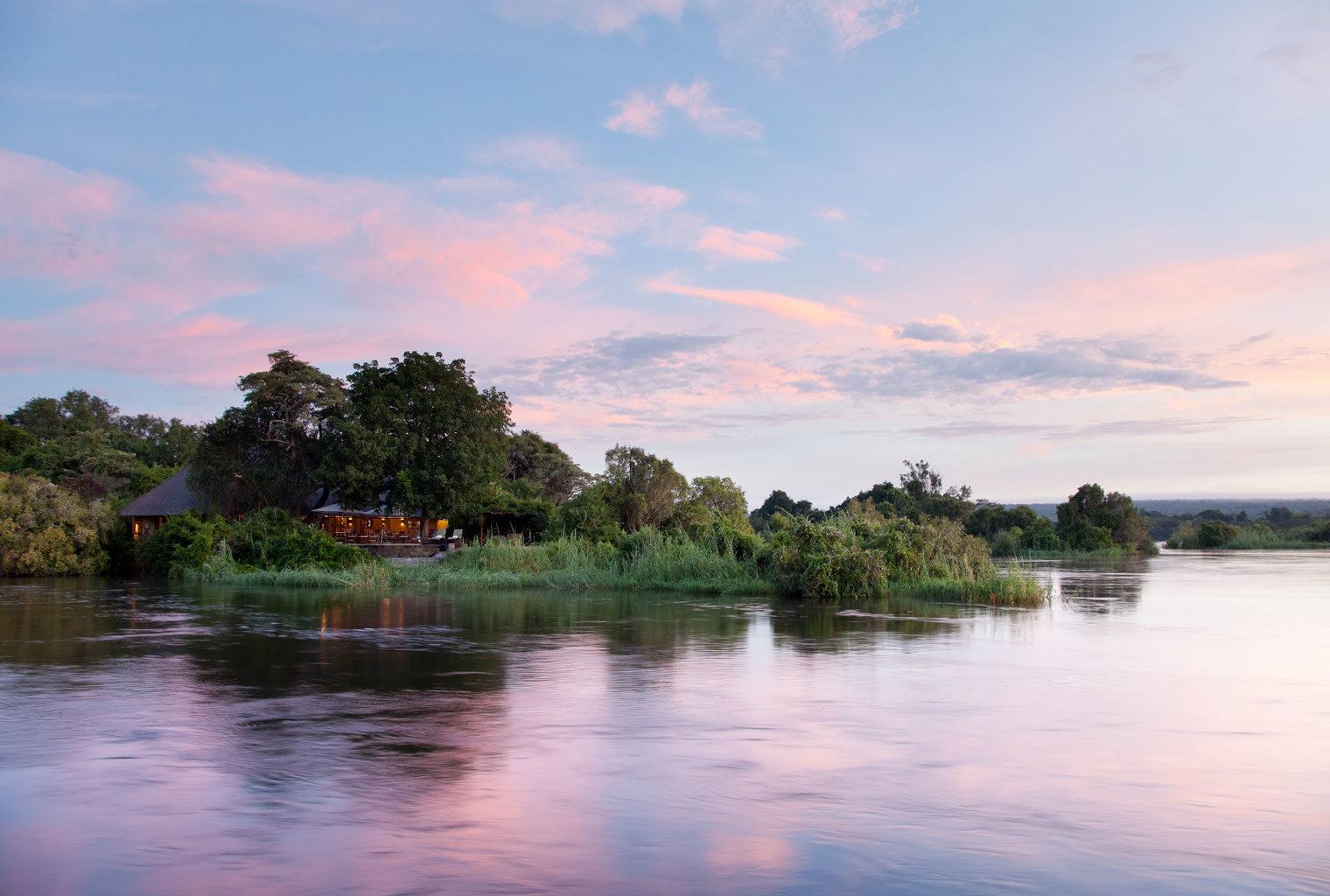 _RoyalChundu_Island_Lodge_Surroundings_Zambia