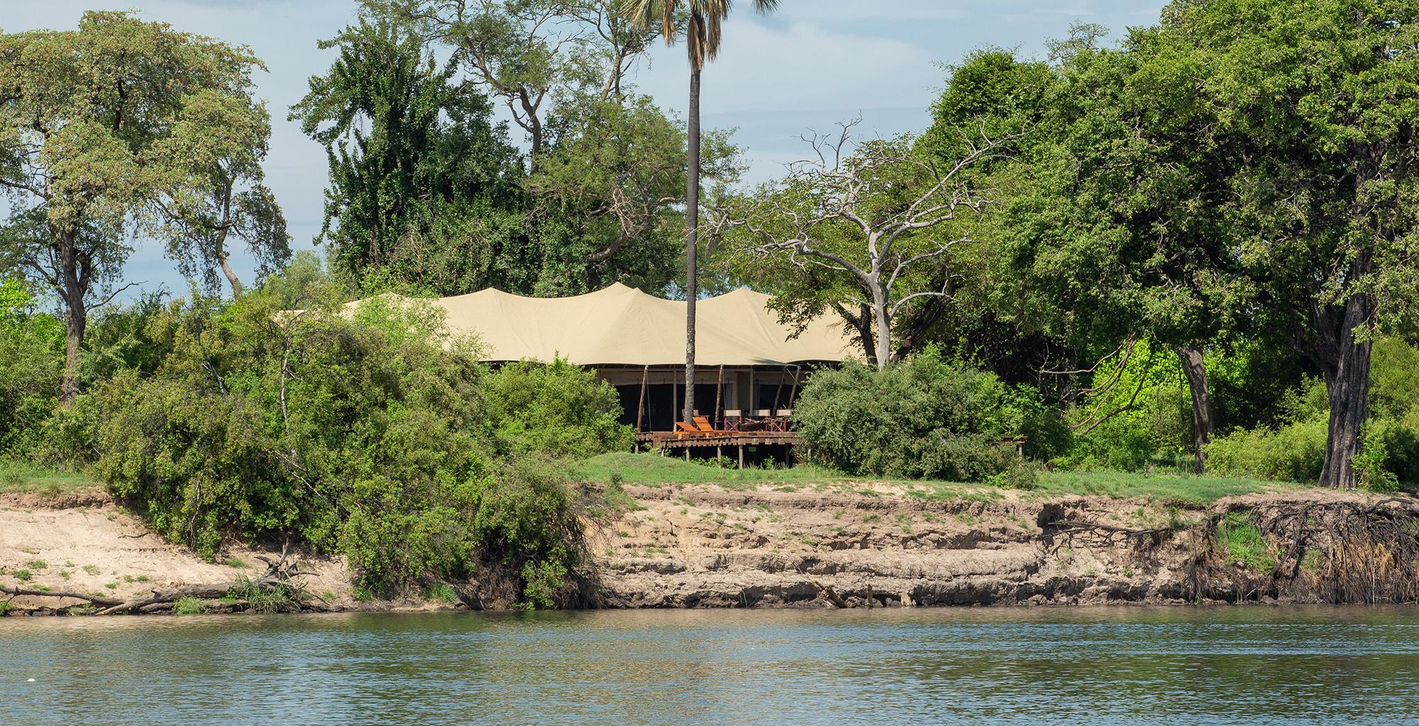 Zimbabwe-Mpala-Jena-Exterior