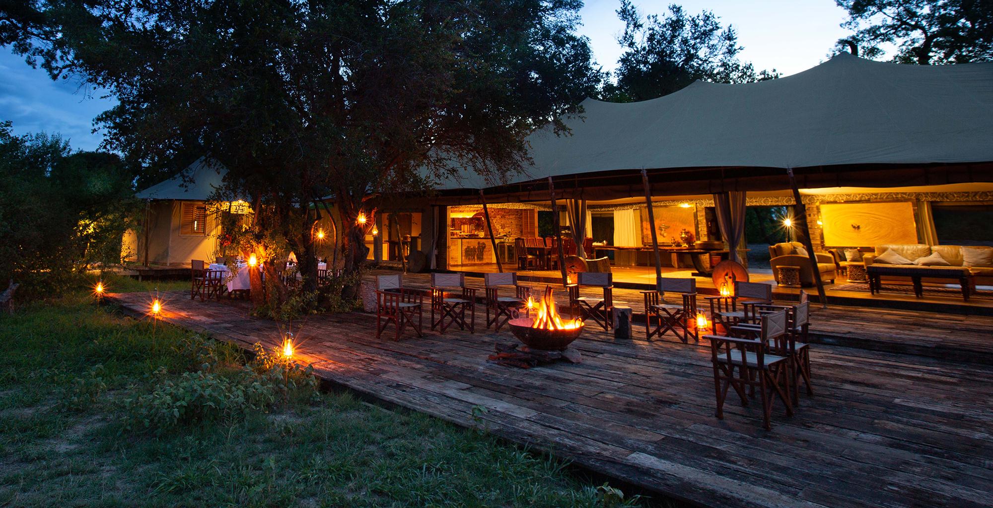 Zimbabwe-Mpala-Jena-Deck-Campfire