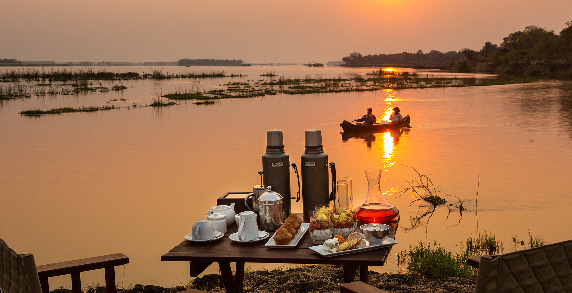 Zimbabwe-Greater-Mana-Expedition-Sunset-Canoeing
