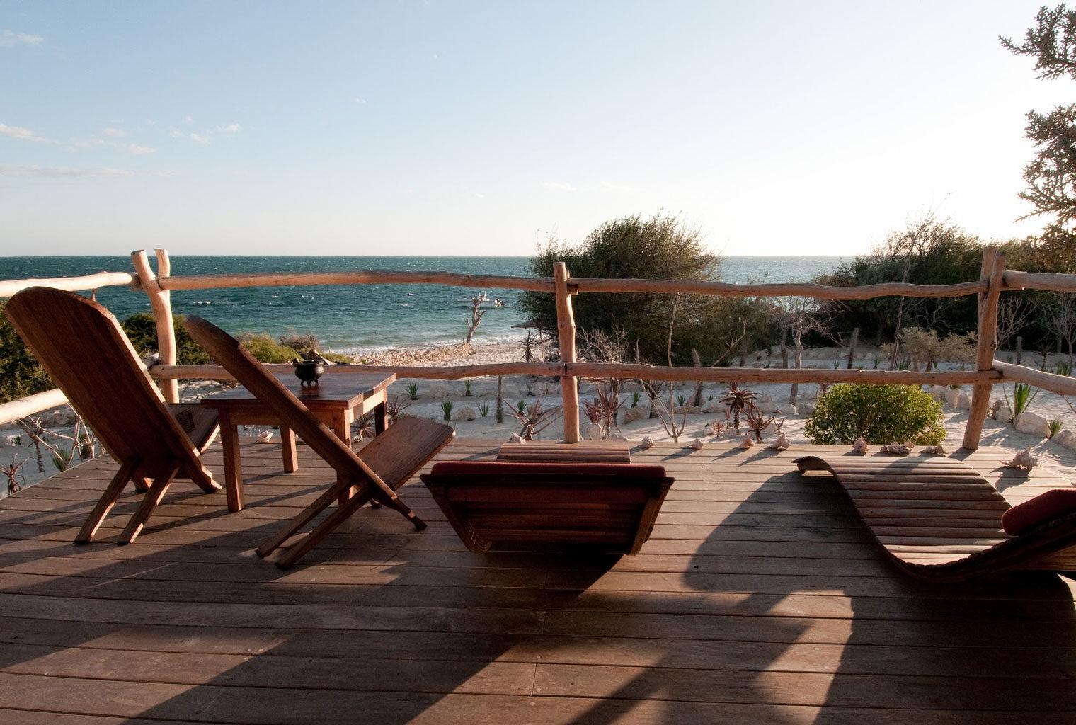 Anakao-Beach-Lodge-South-Madagascar-Deck