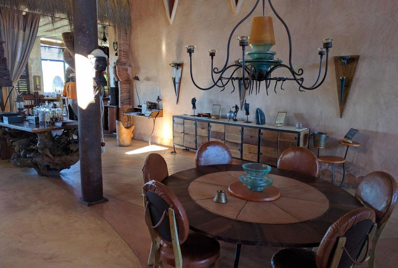 Bakuba-Lodge-South-Madagascar-Restaurant