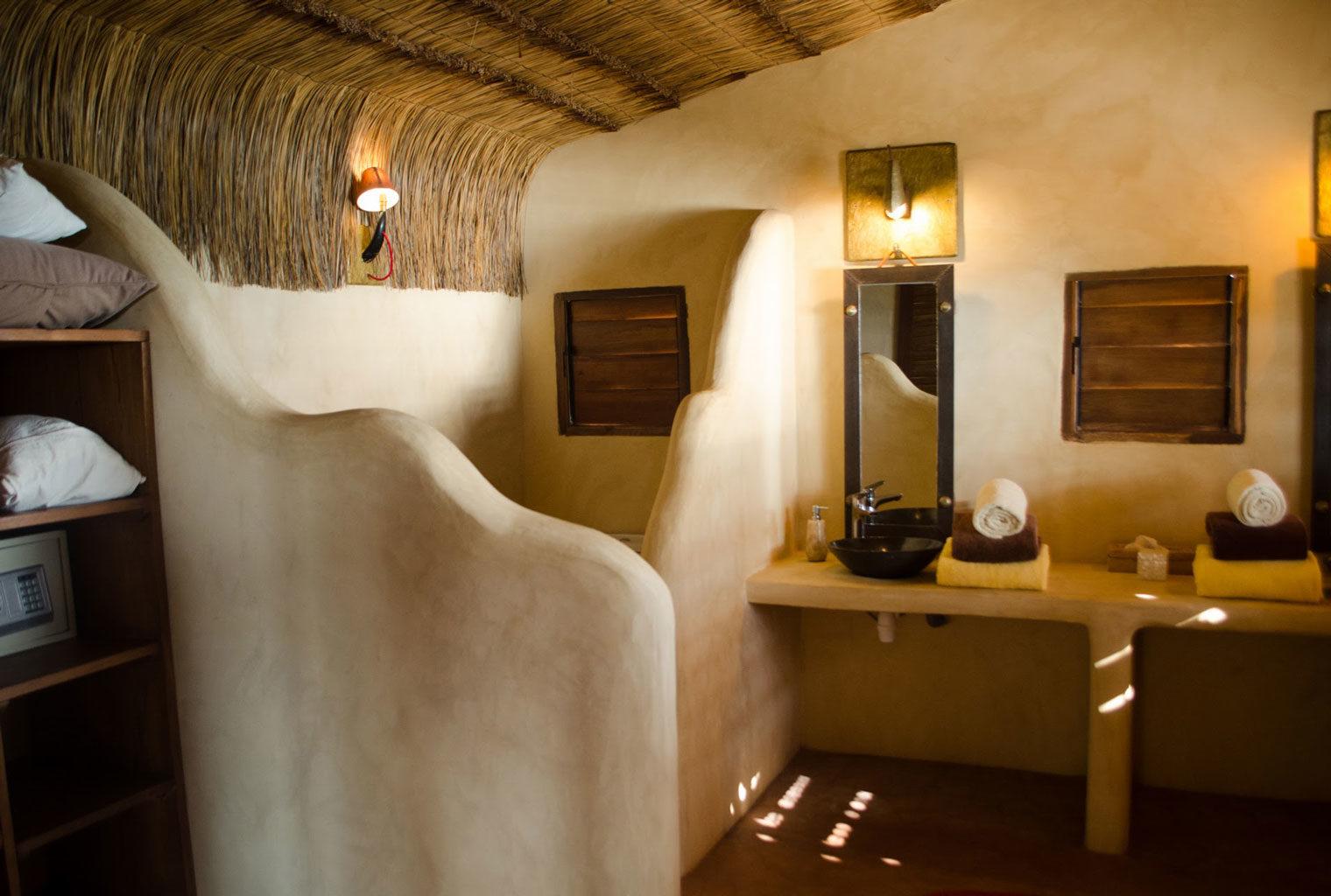 Five-Senses-South-Madagascar-Bathroom