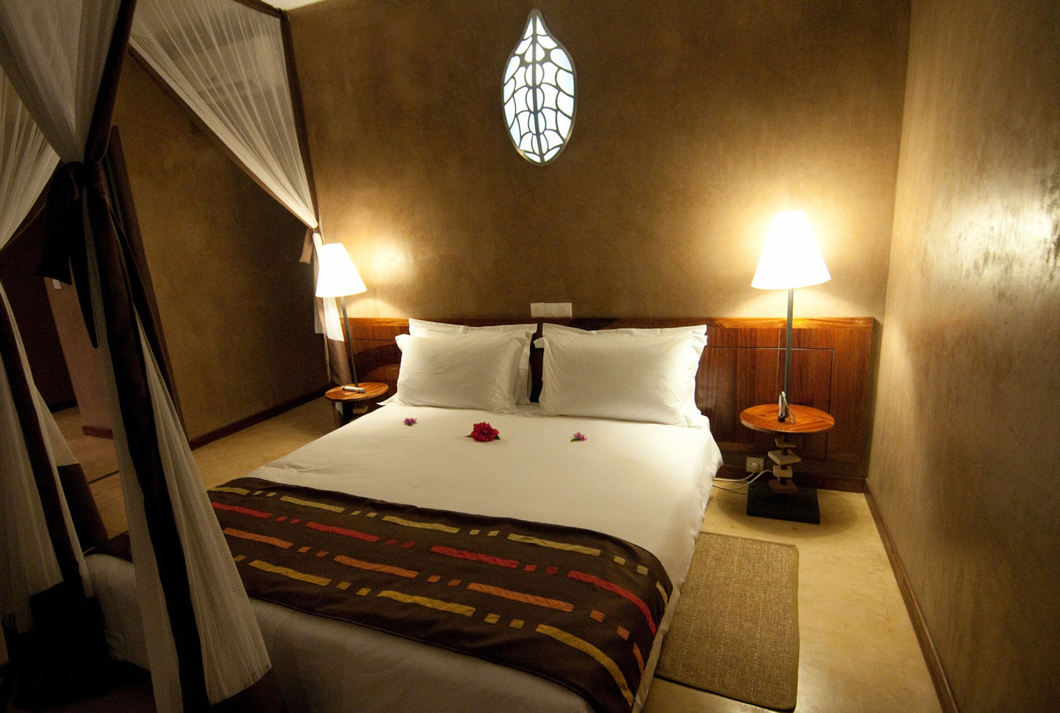 Isalo-Rock-Lodge-Central-Madagascar-Bed