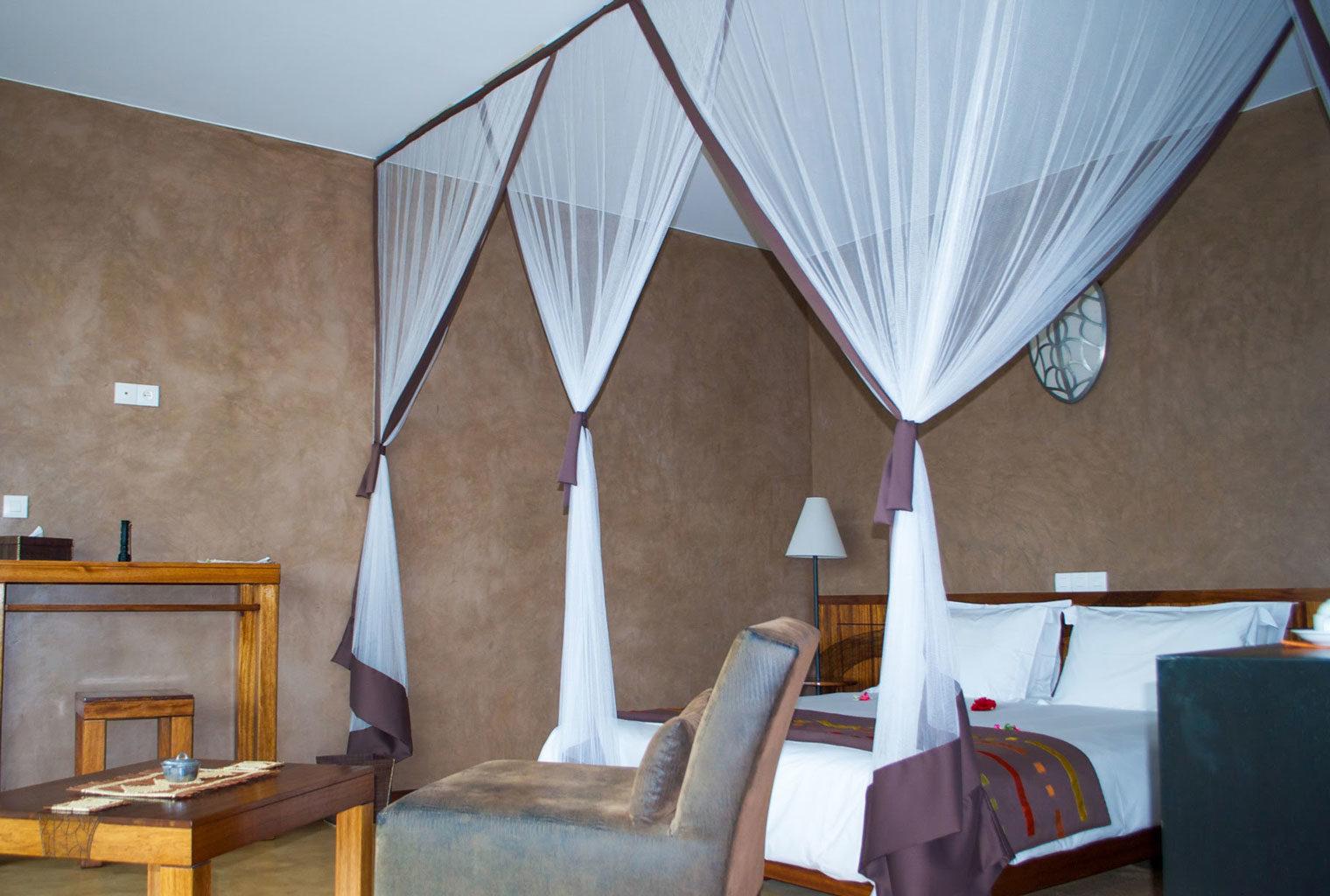 Isalo-Rock-Lodge-Central-Madagascar-Bedroom
