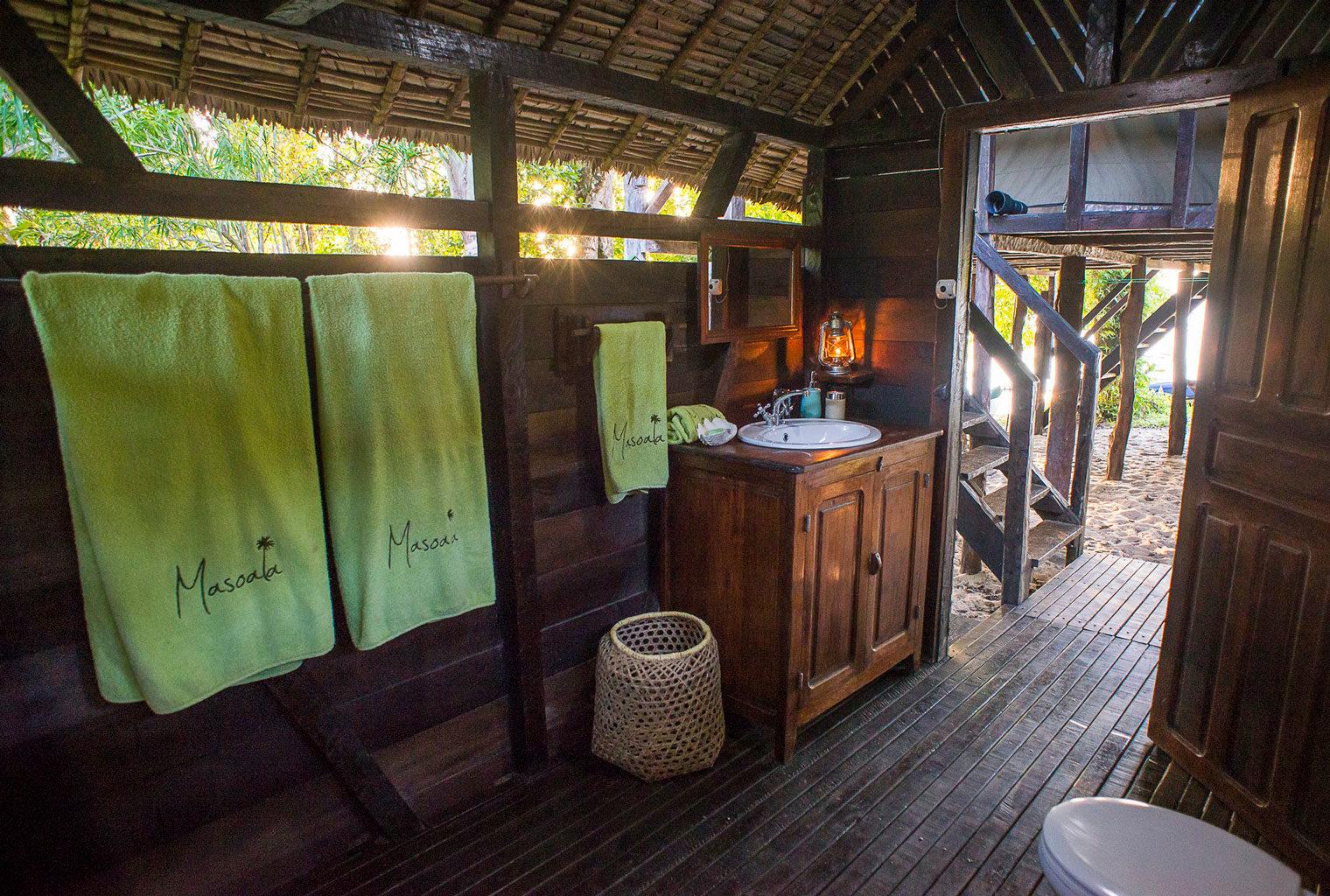 Masoala-Forest-Lodge-East-Madagascar-Bathroom