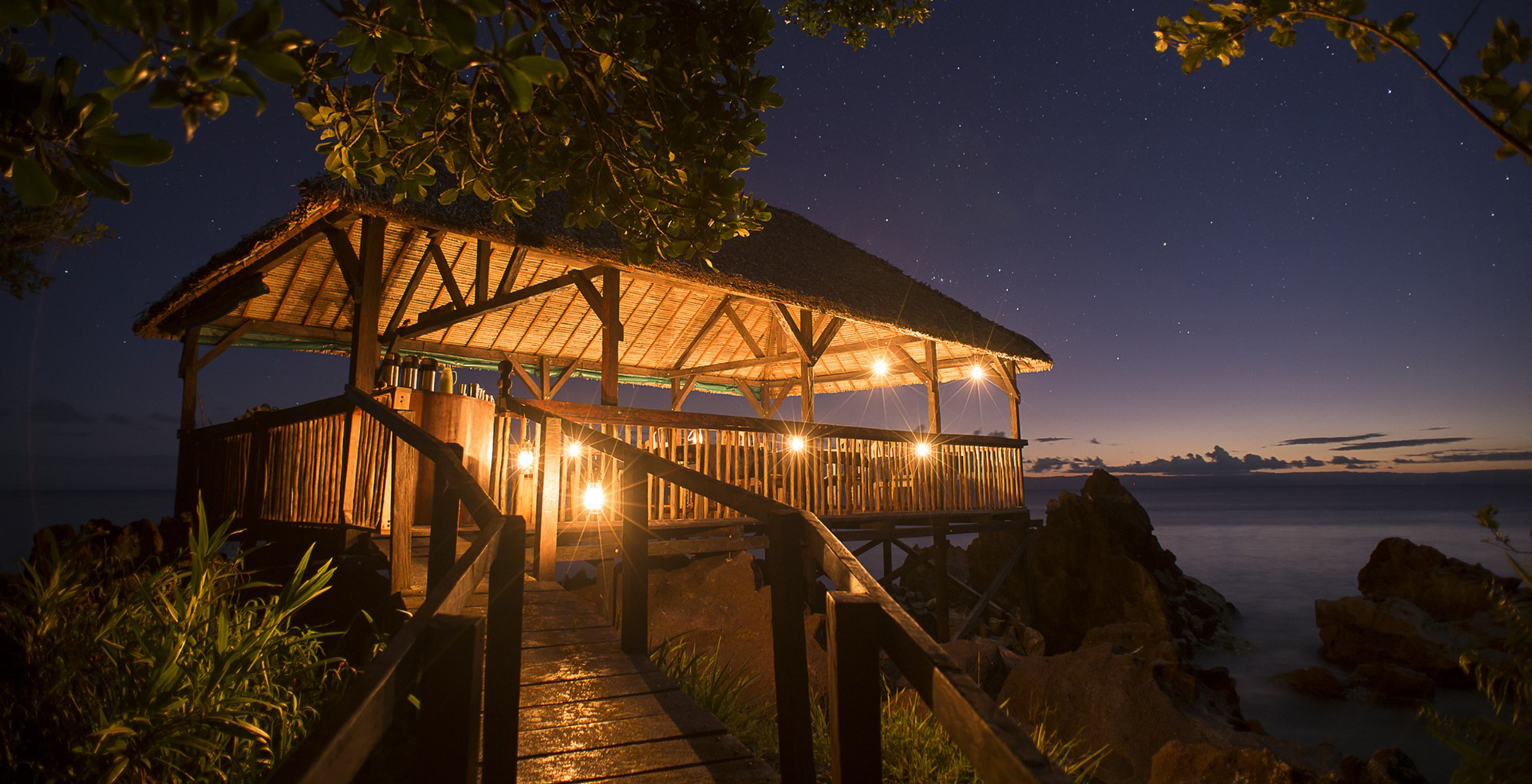 Madagascar-Masoala-Forest-Lodge-Dining-Platform