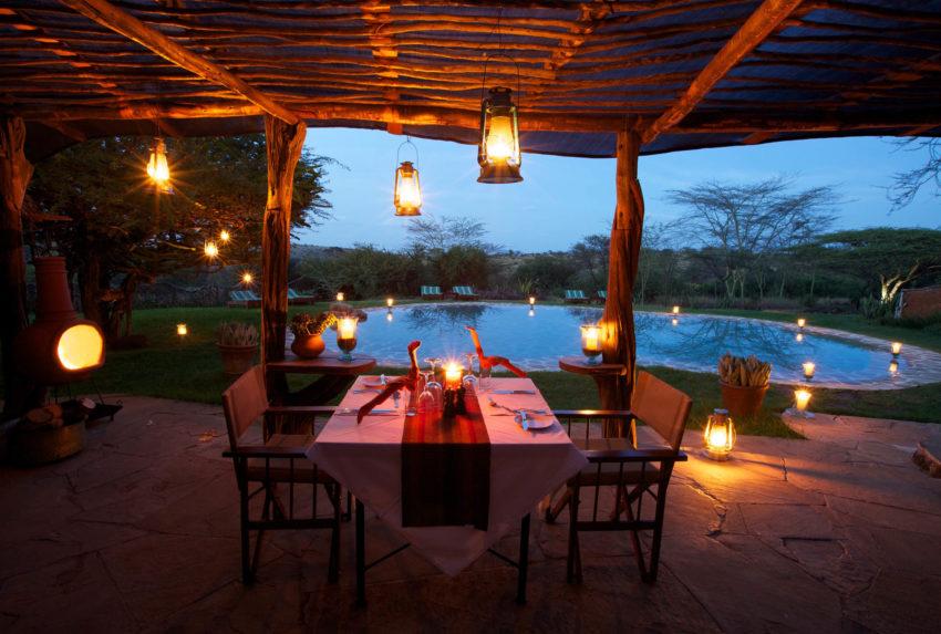 lewa_safari_camp_-_activities_-_romantic_dinner_by_swimming_pool1