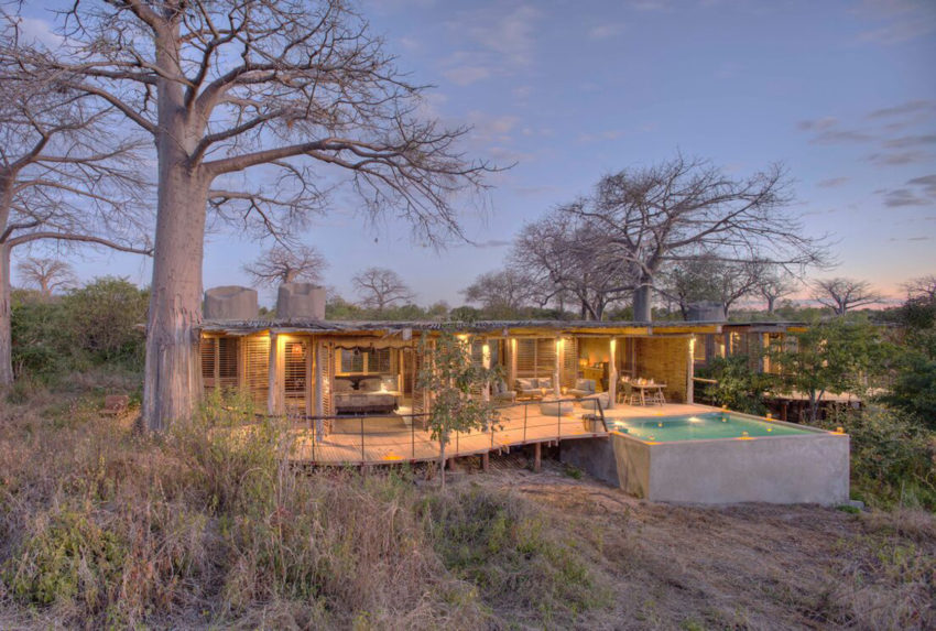jabali_private_house_-_exterior_view_of_the_jabali_private_house_and_private_swimming_pool_set_in_the_baobab_forest.