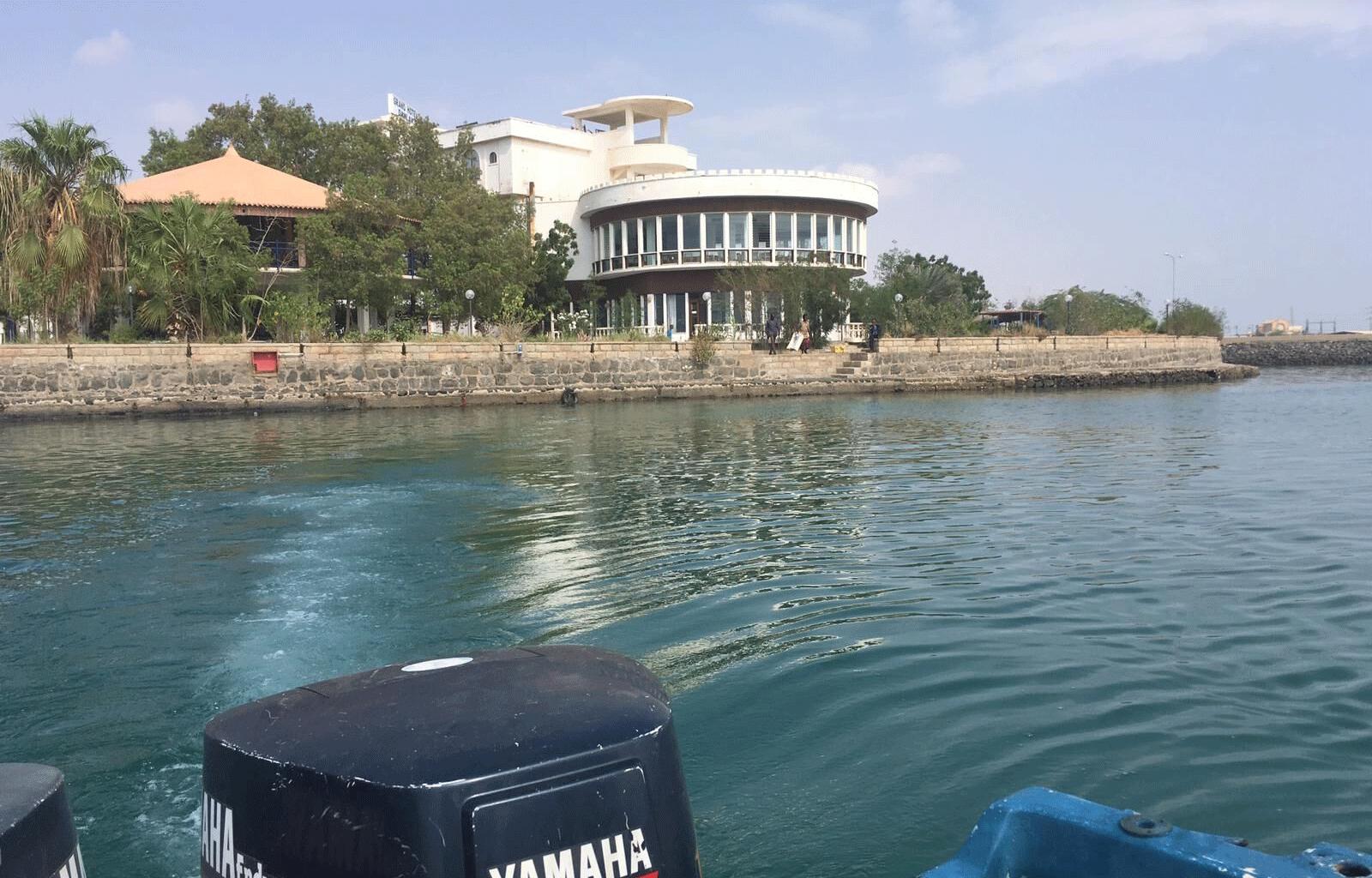 Eritrea-Dahlak-Hotel-Boat